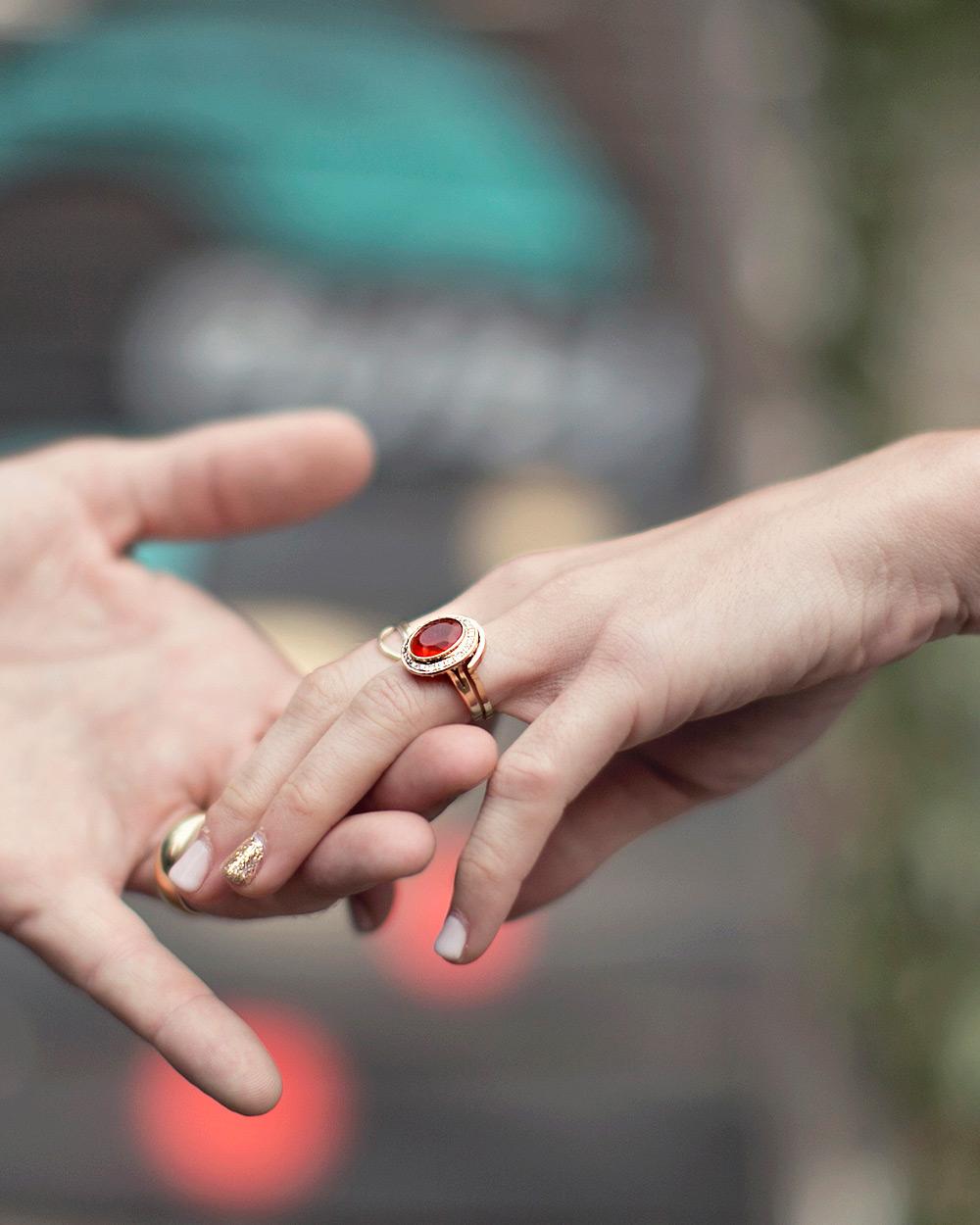 kristen-steve-flowerhouse-wedding-ring-6275-s113059-0616.jpg