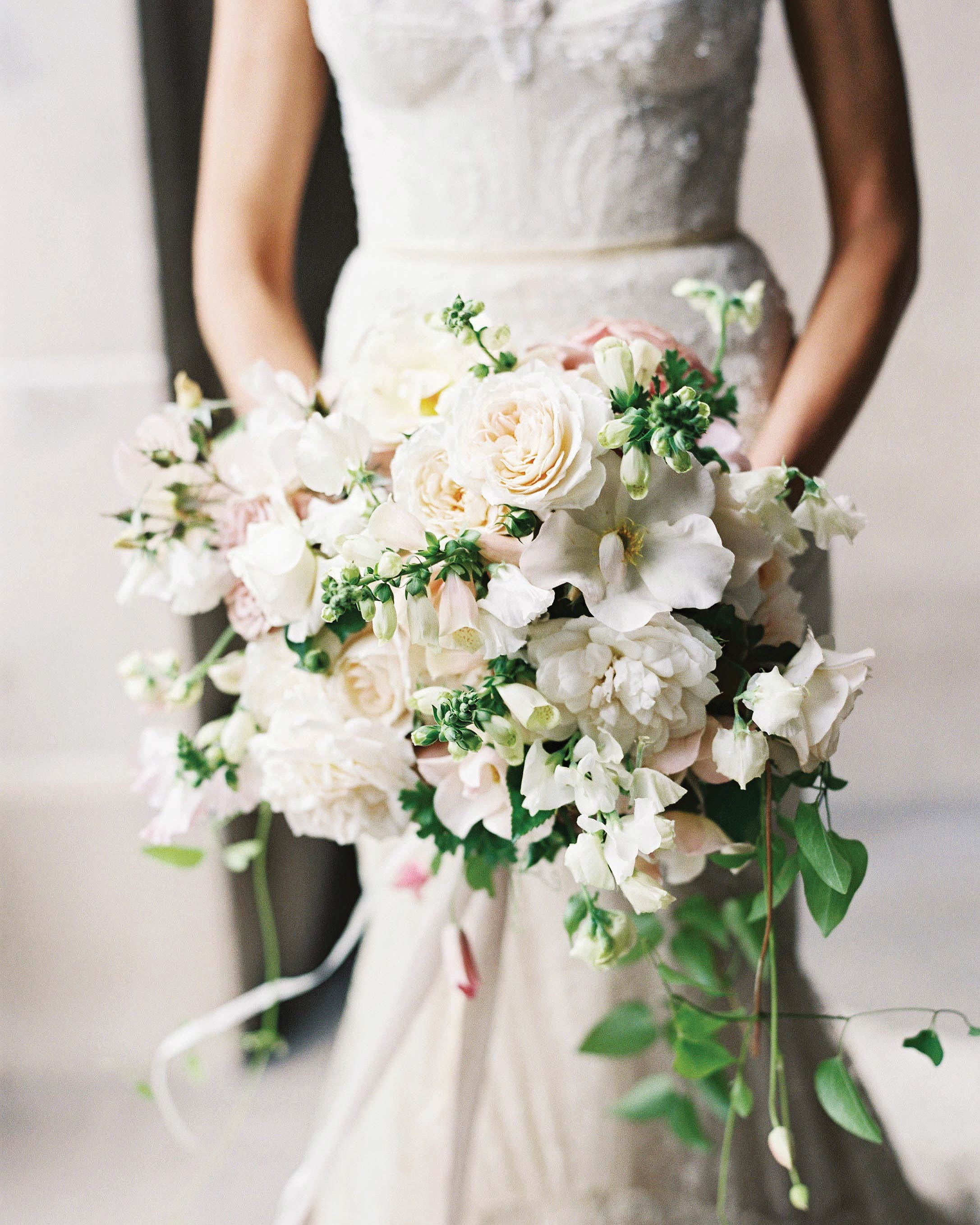 rebecca-david-wedding-new-york-bridal-bouquet-d112241.jpg