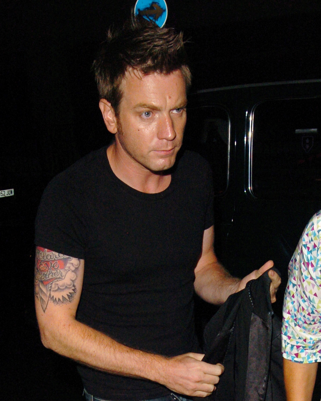 celebrity-couple-tattoos-ewan-mcgregor-0616.jpg