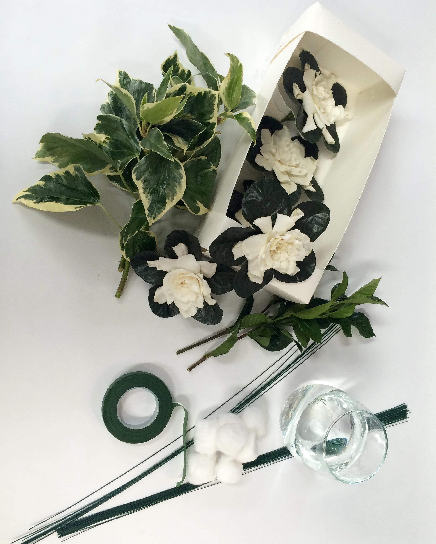 ron-wendt-cascading-bouquet-gardenias-1-materials-0616.jpg