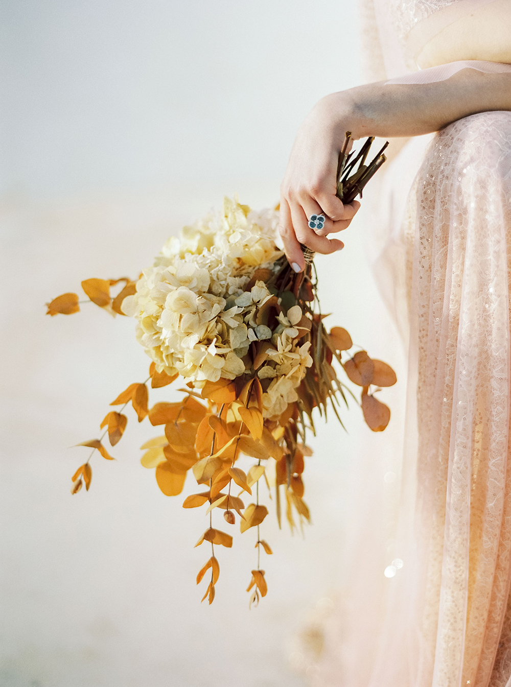 monochromatic bouquet gold flowers