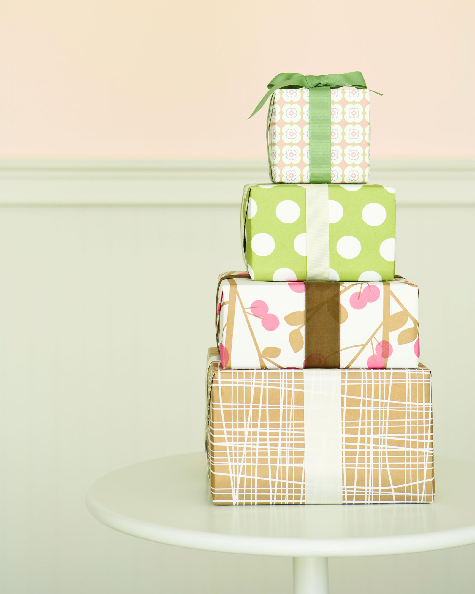 worst-shower-gifts-0316.jpg