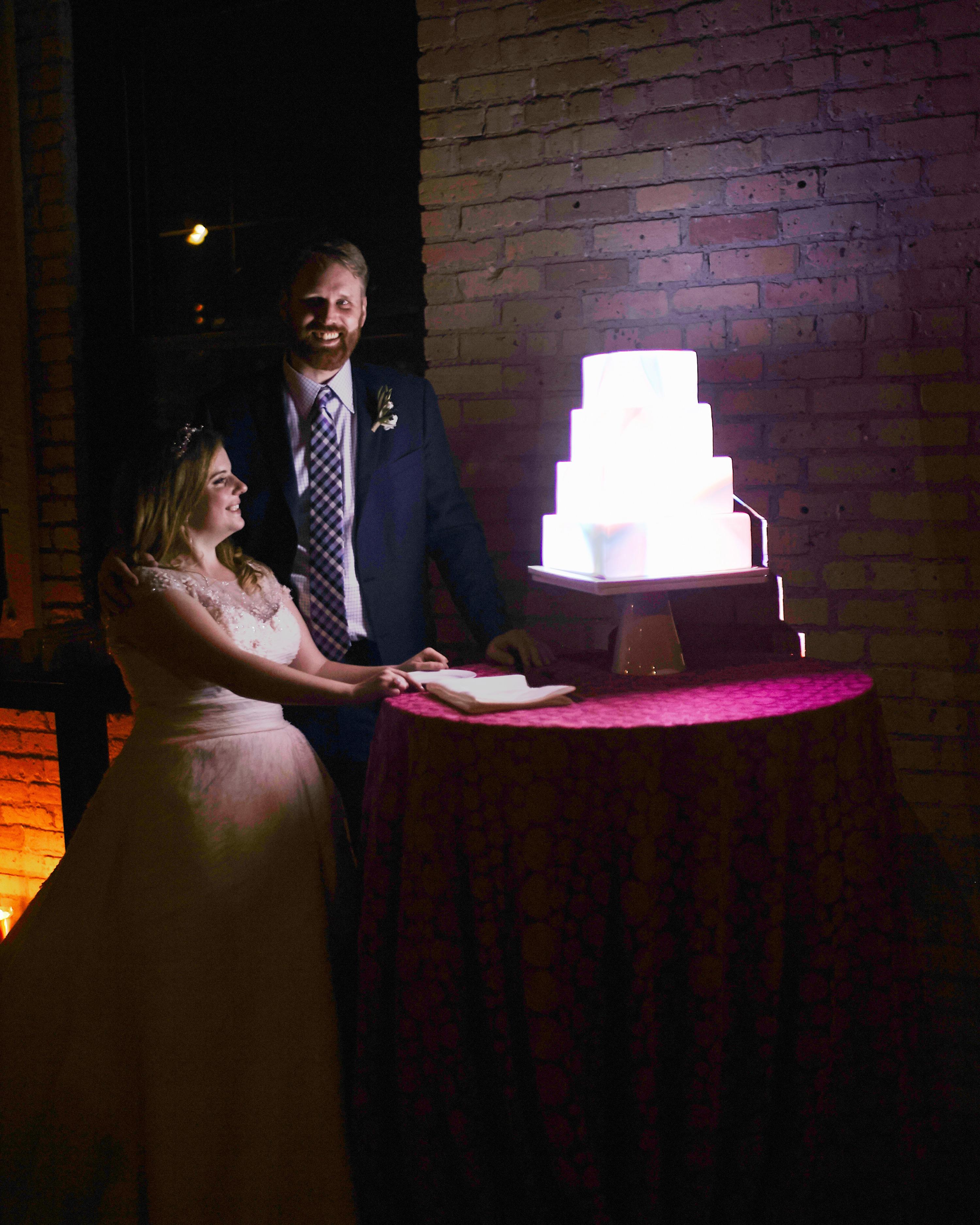 maddy-mike-wedding-couple-893.cm2.463.2015.49-6134174-0716.jpg