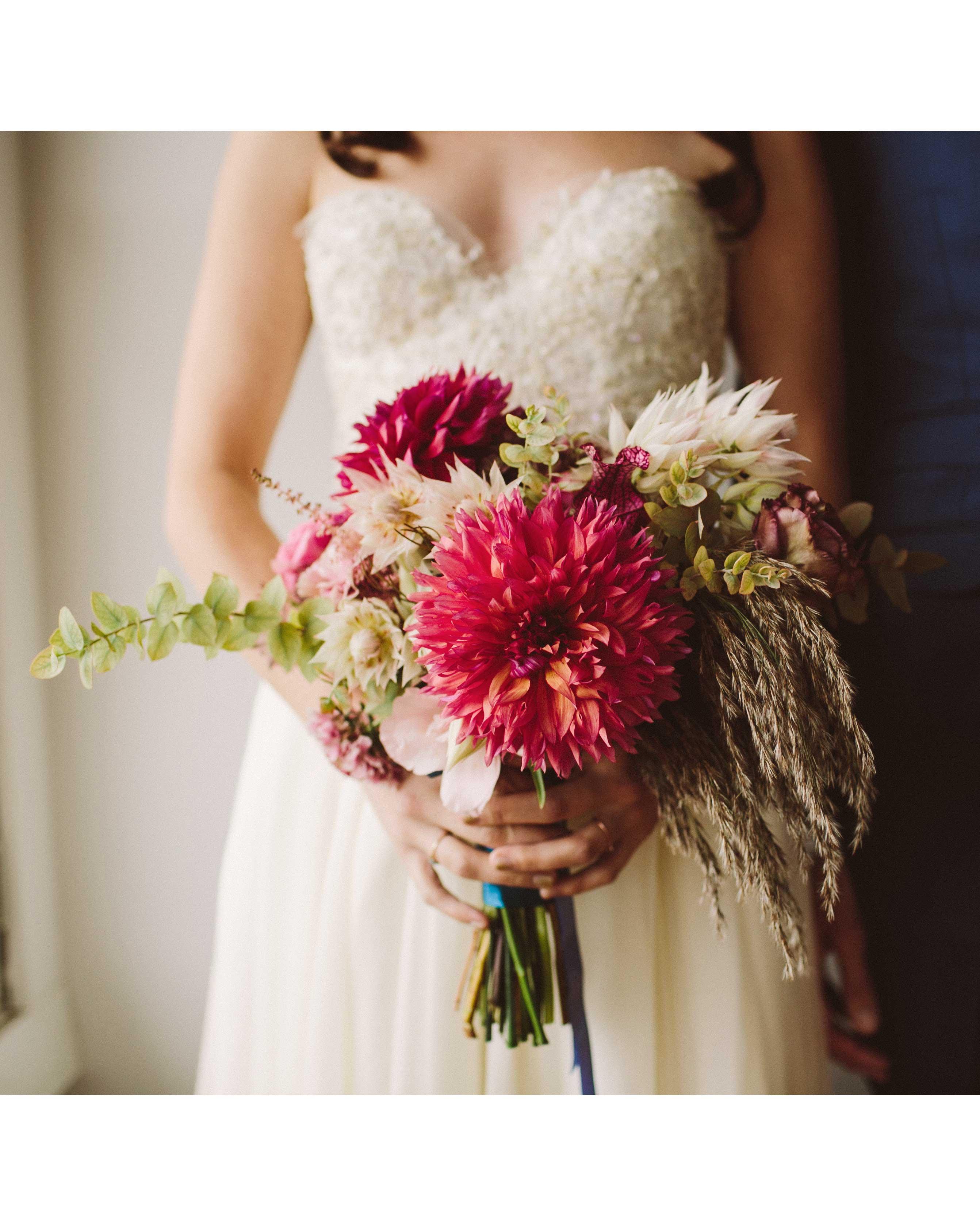 alisa-barrett-wedding-bouquet-183-s113048-0716.jpg