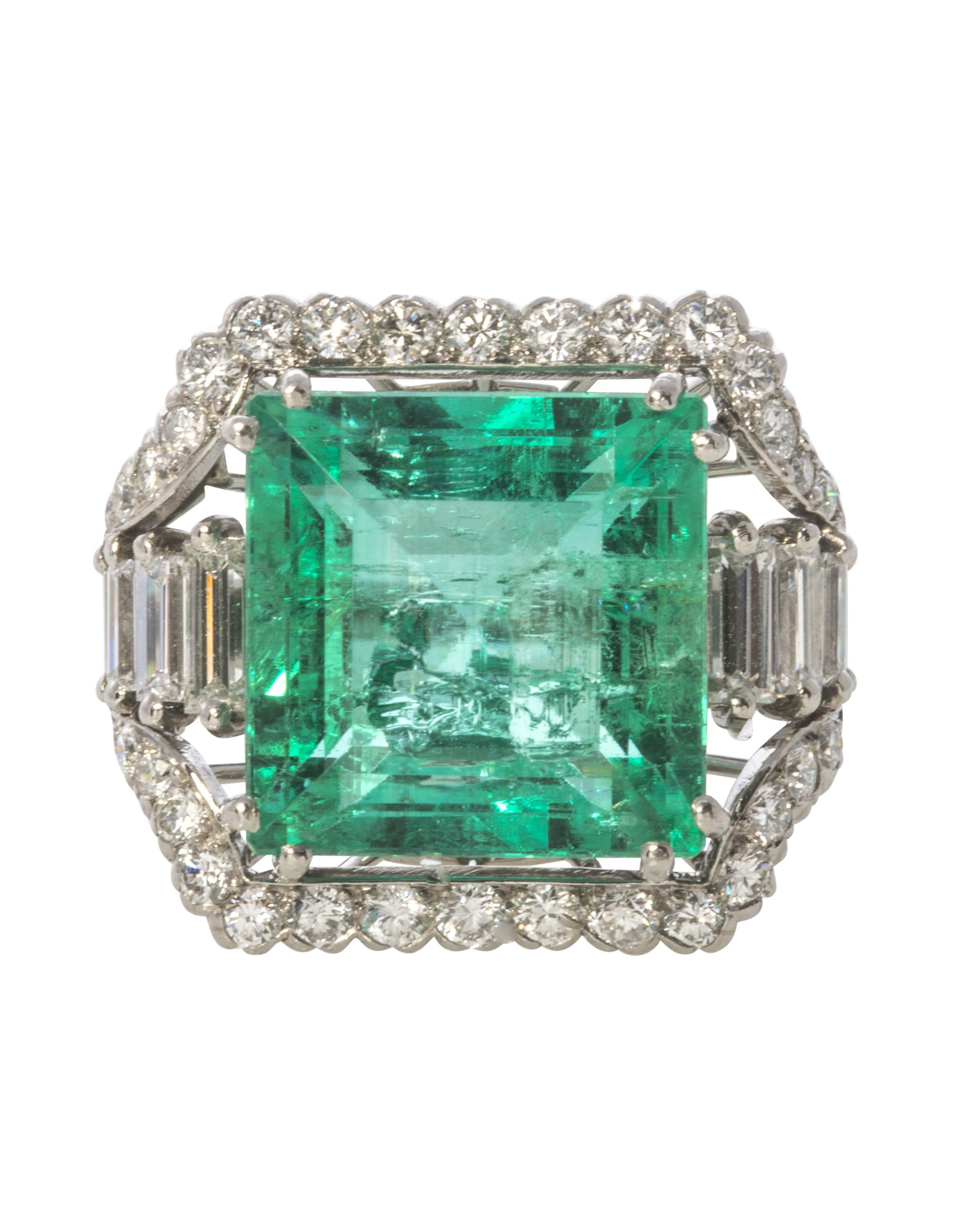 Art Deco Emerald and Diamond Platinum Ring