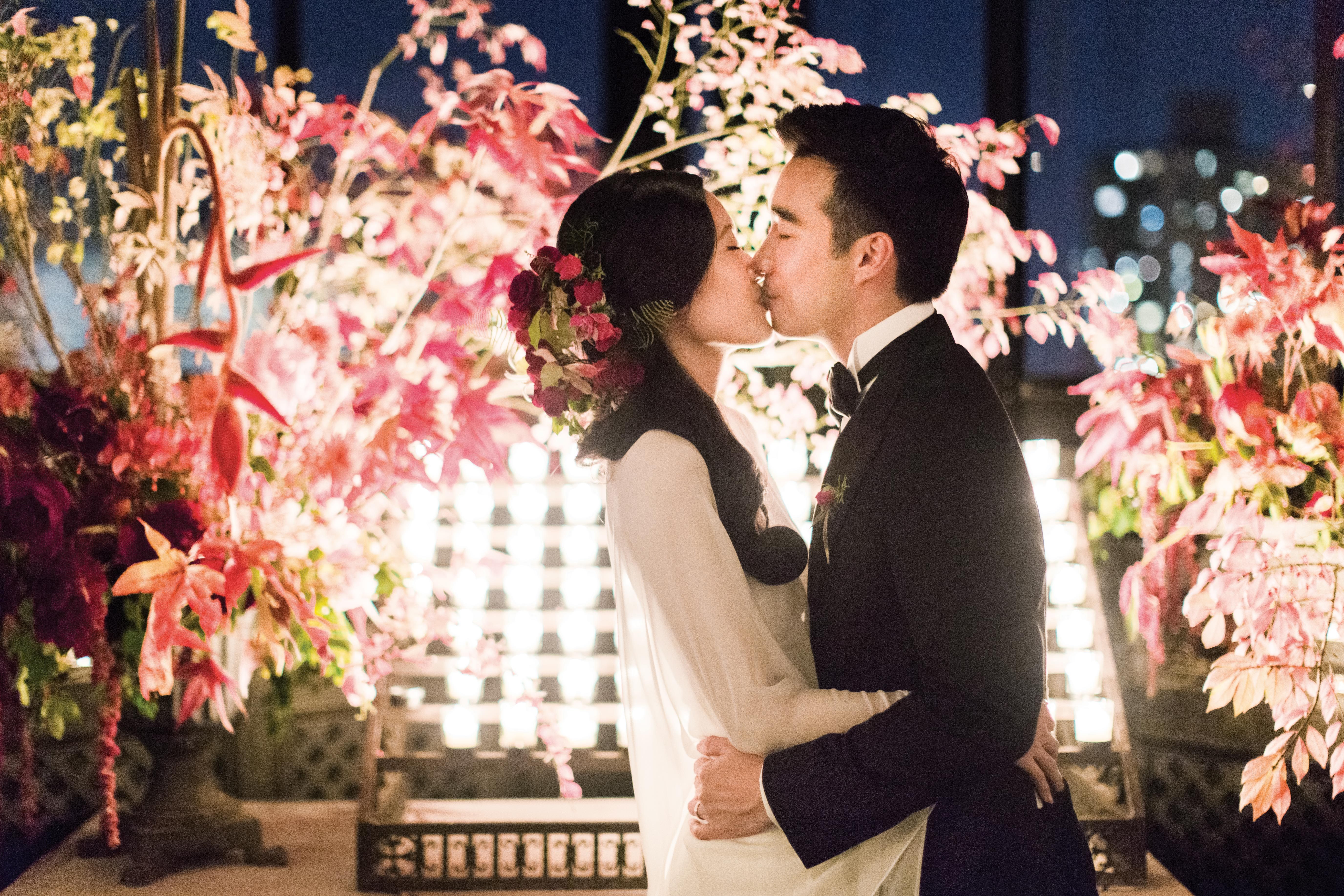 glara matthew wedding bride groom kiss