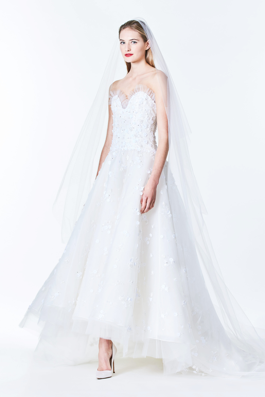 Carolina Herrera Wedding Dress.Carolina Herrera Fall 2017 Wedding Dress Collection Martha