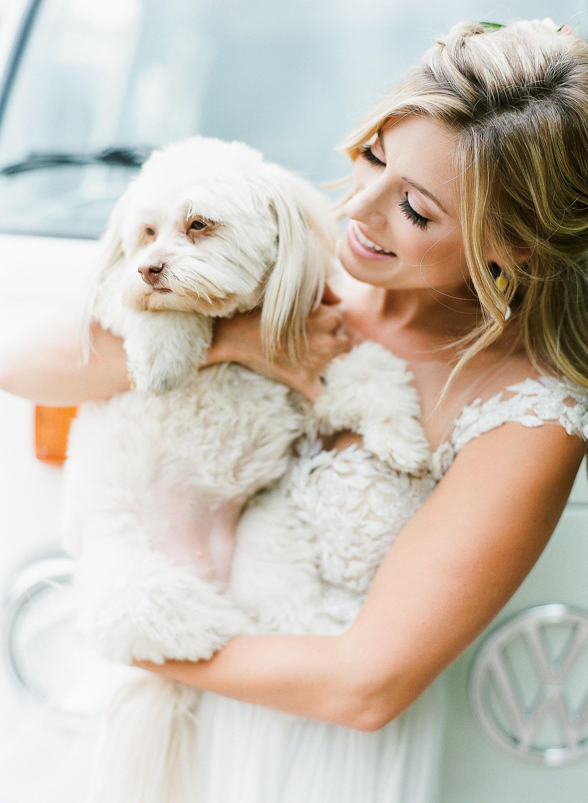 aubrey austin wedding puppy