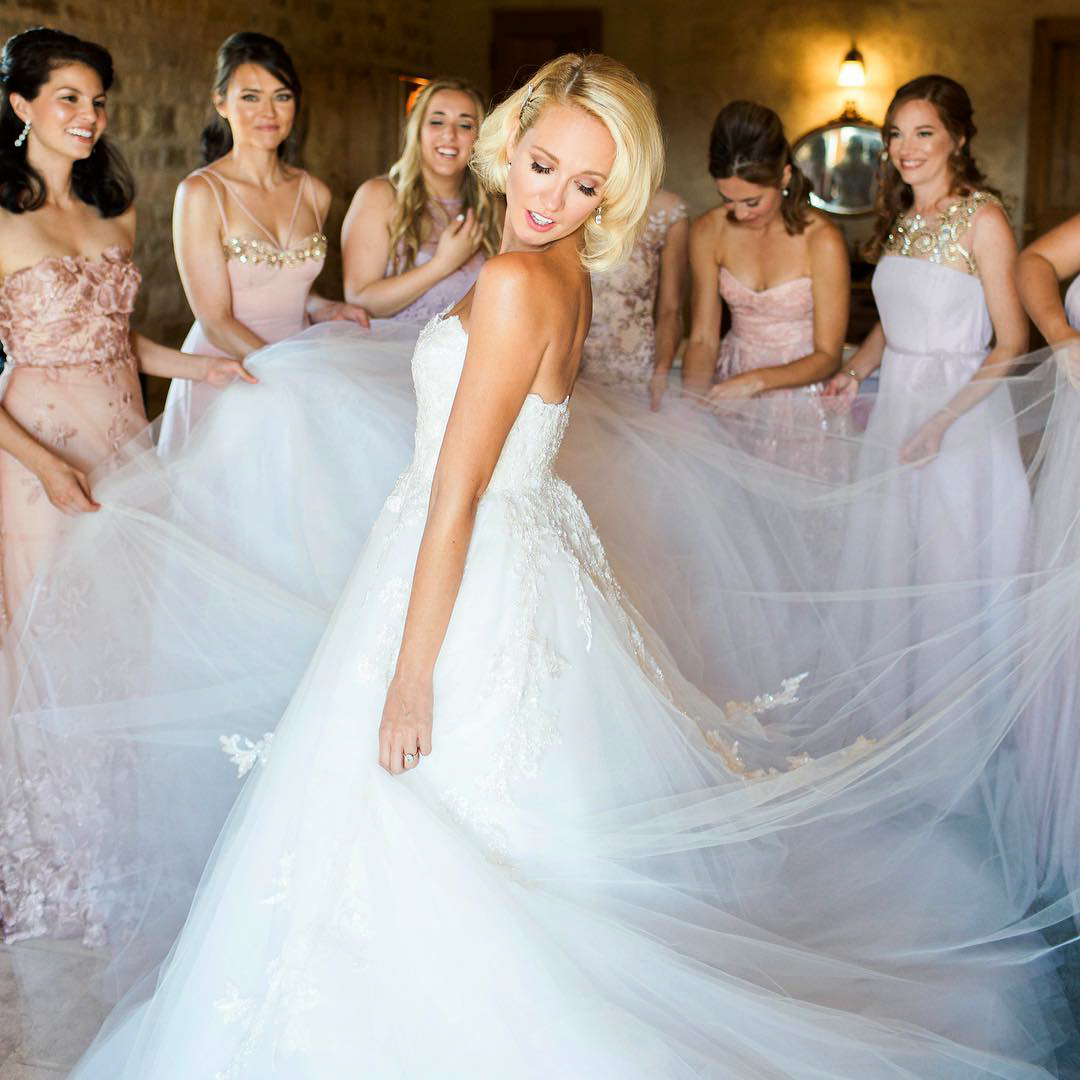 anna camp wedding dress portrait