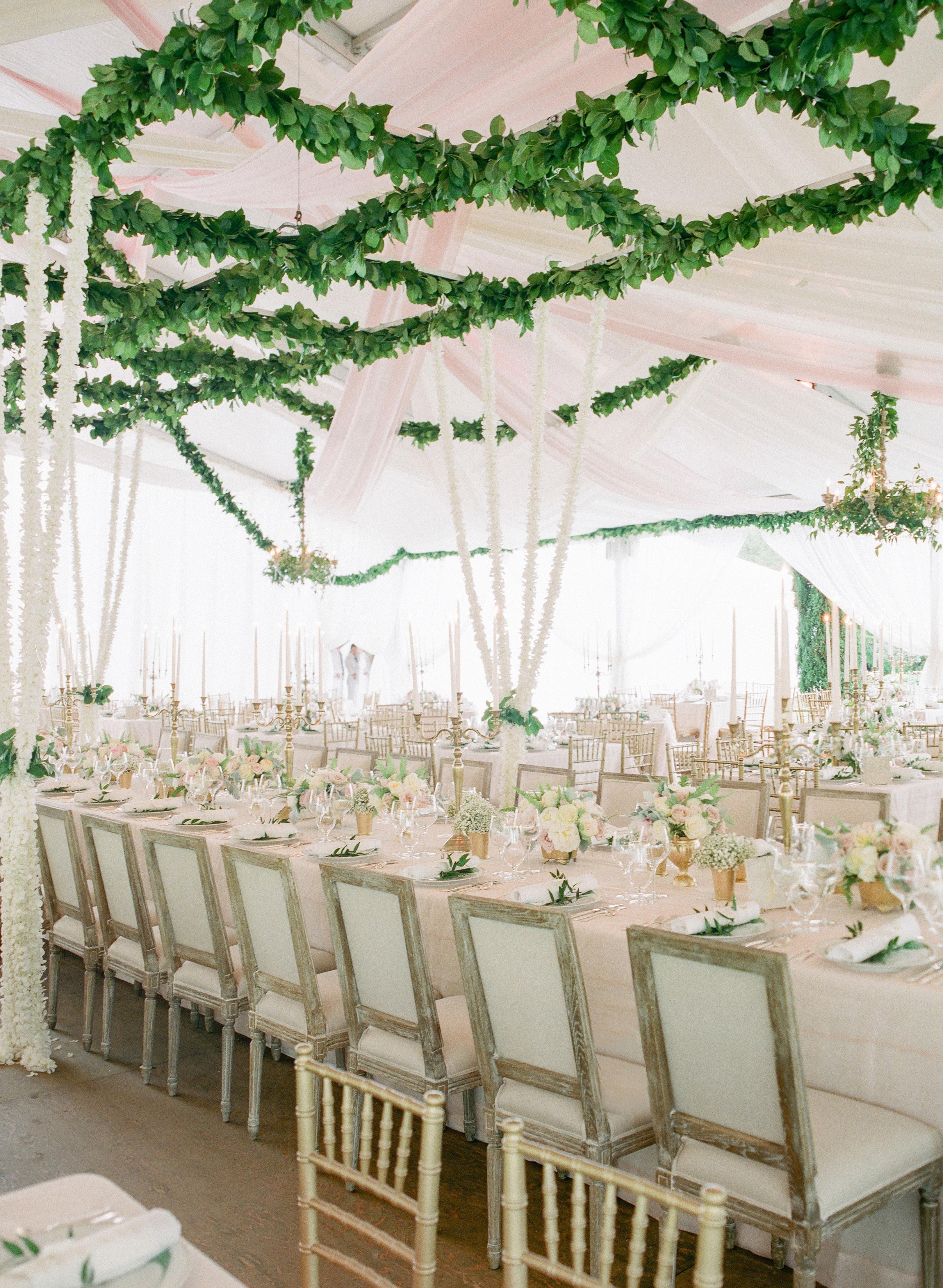 Brooke and David's wedding - tent installation