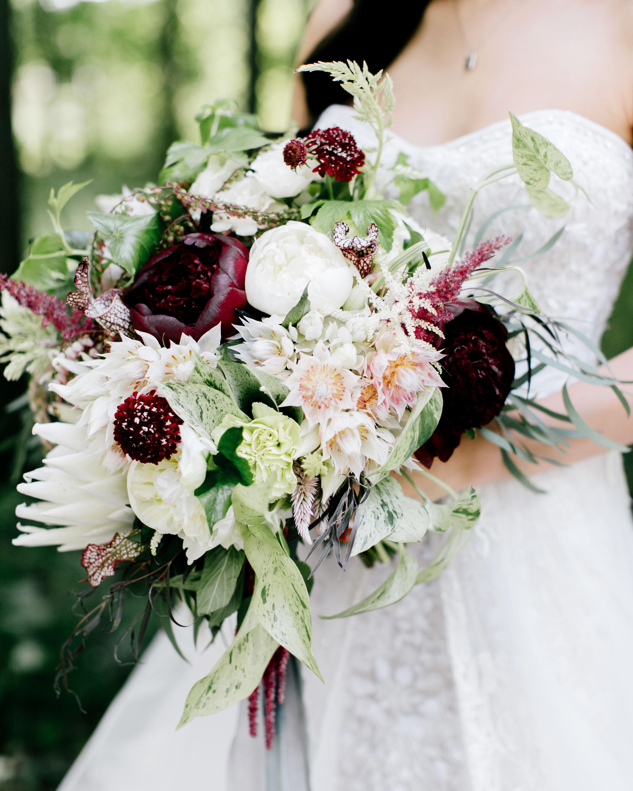 susan-tom-wedding-bouquet-050-s112692-0316.jpg