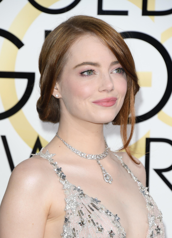Emma Stone Beauty Look Golden Globes 2017