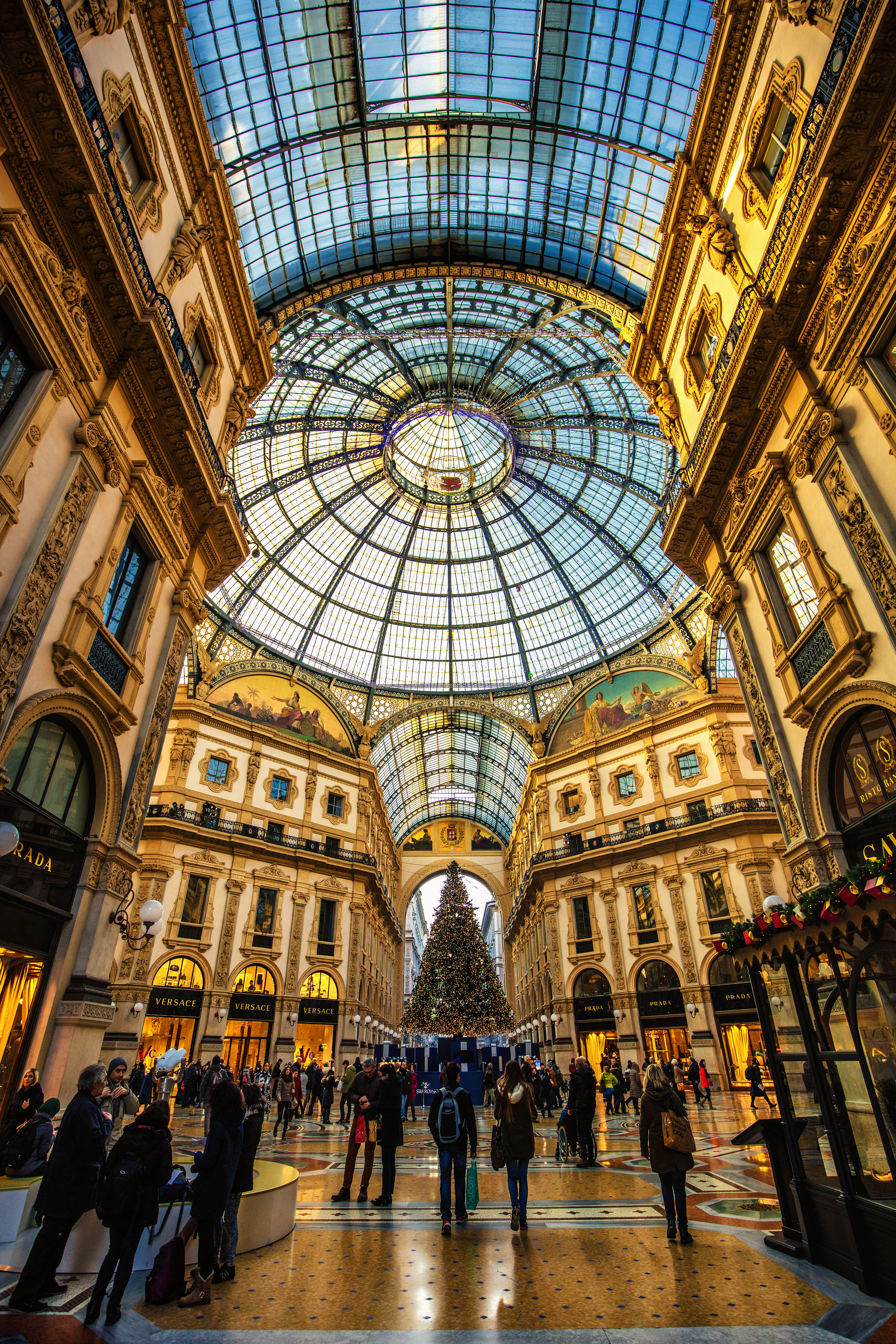 romantic destination italy milan