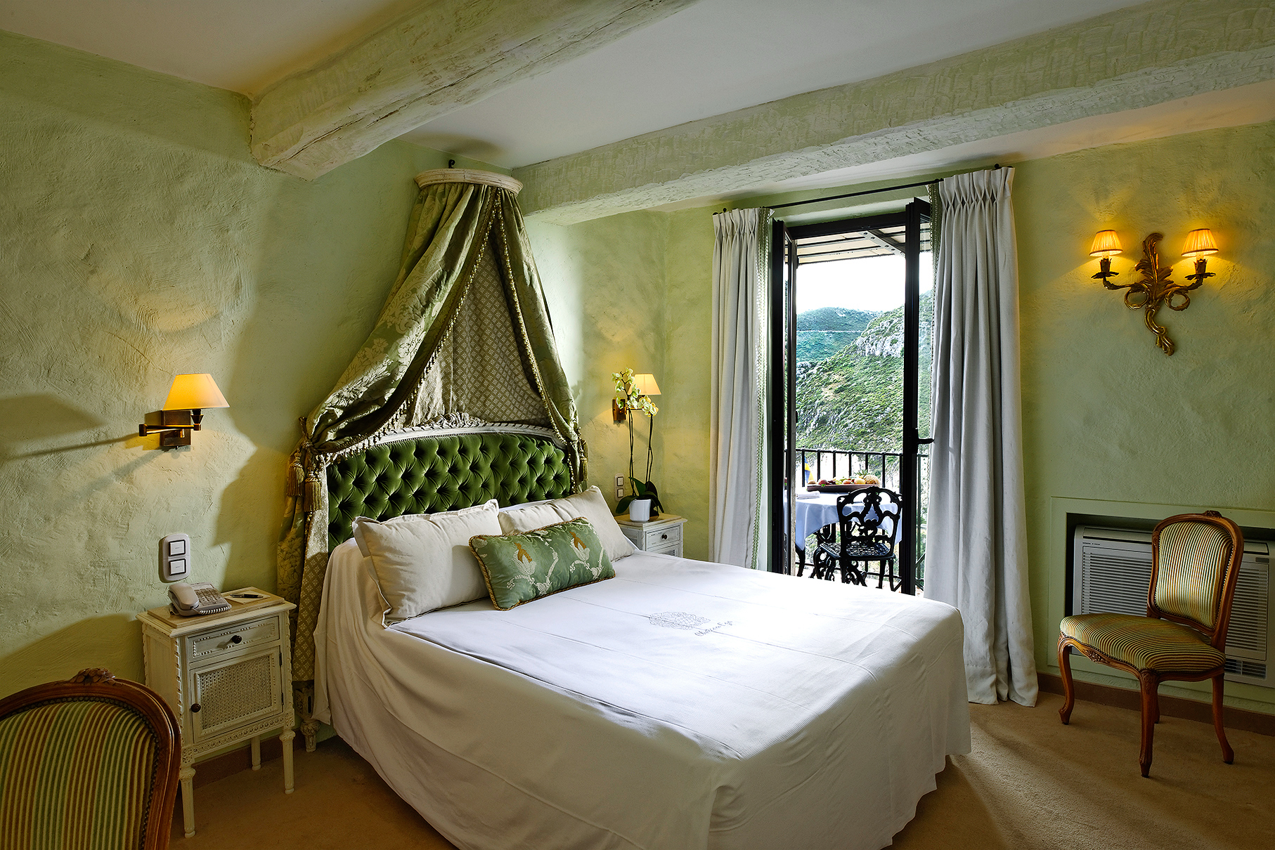 romantic destination chateau eza provence france