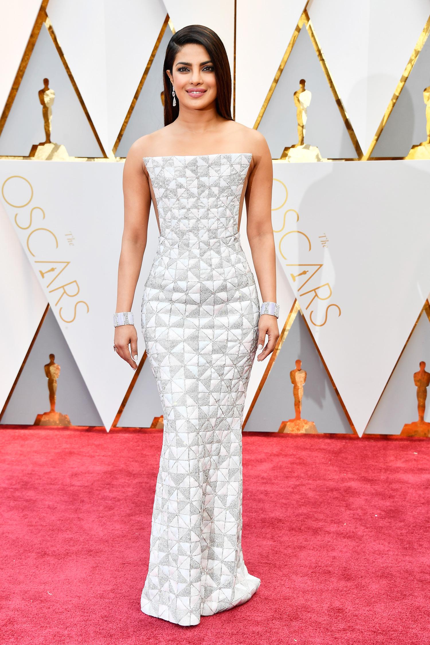 Priyanka Chopra 2017 OscarsRed Carpet