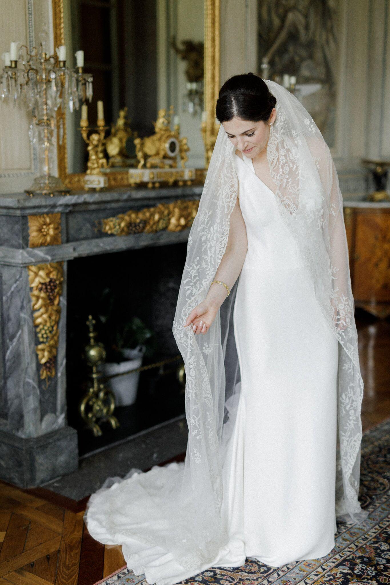 floor length veil from grooms grandmother