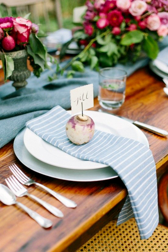 purple radish place card holder