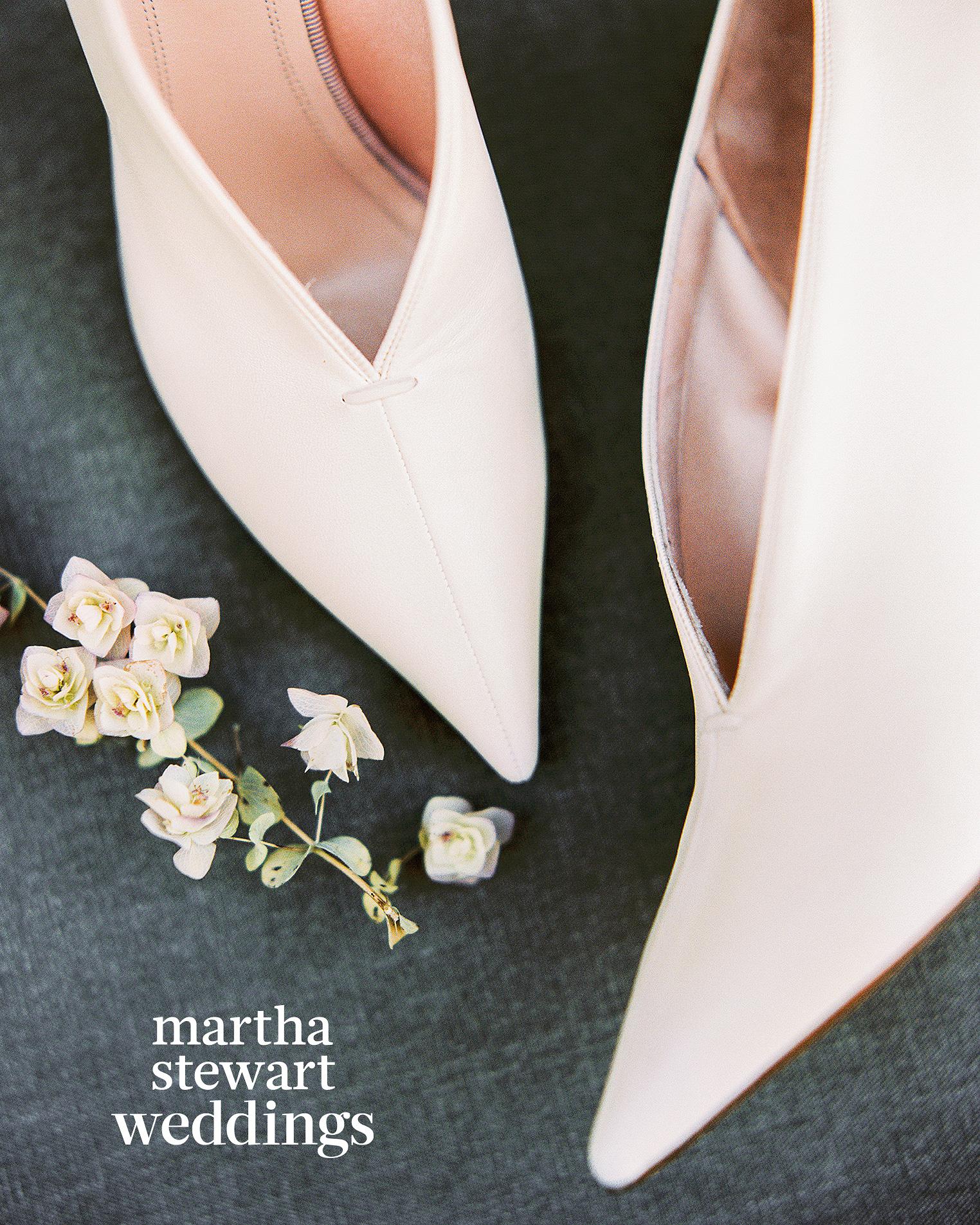 steven yeun walking dead wedding shoe detail