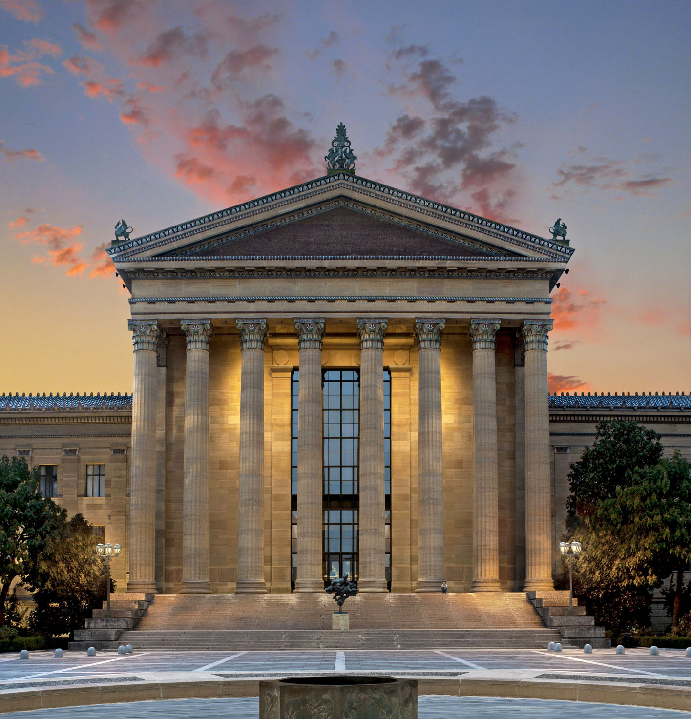 philadelphia museum of art dusk