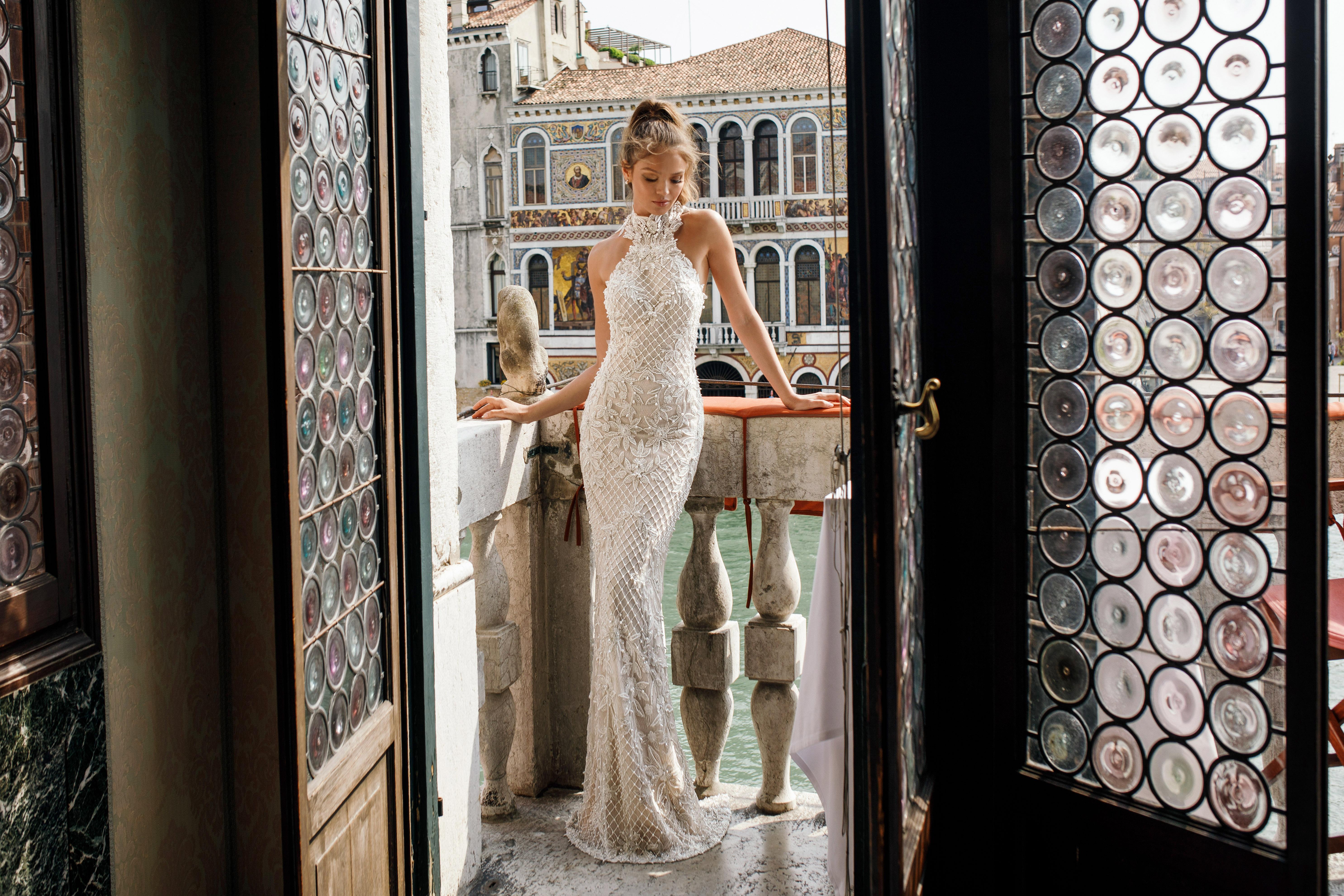trumpet with netting julie vino wedding dress spring2018