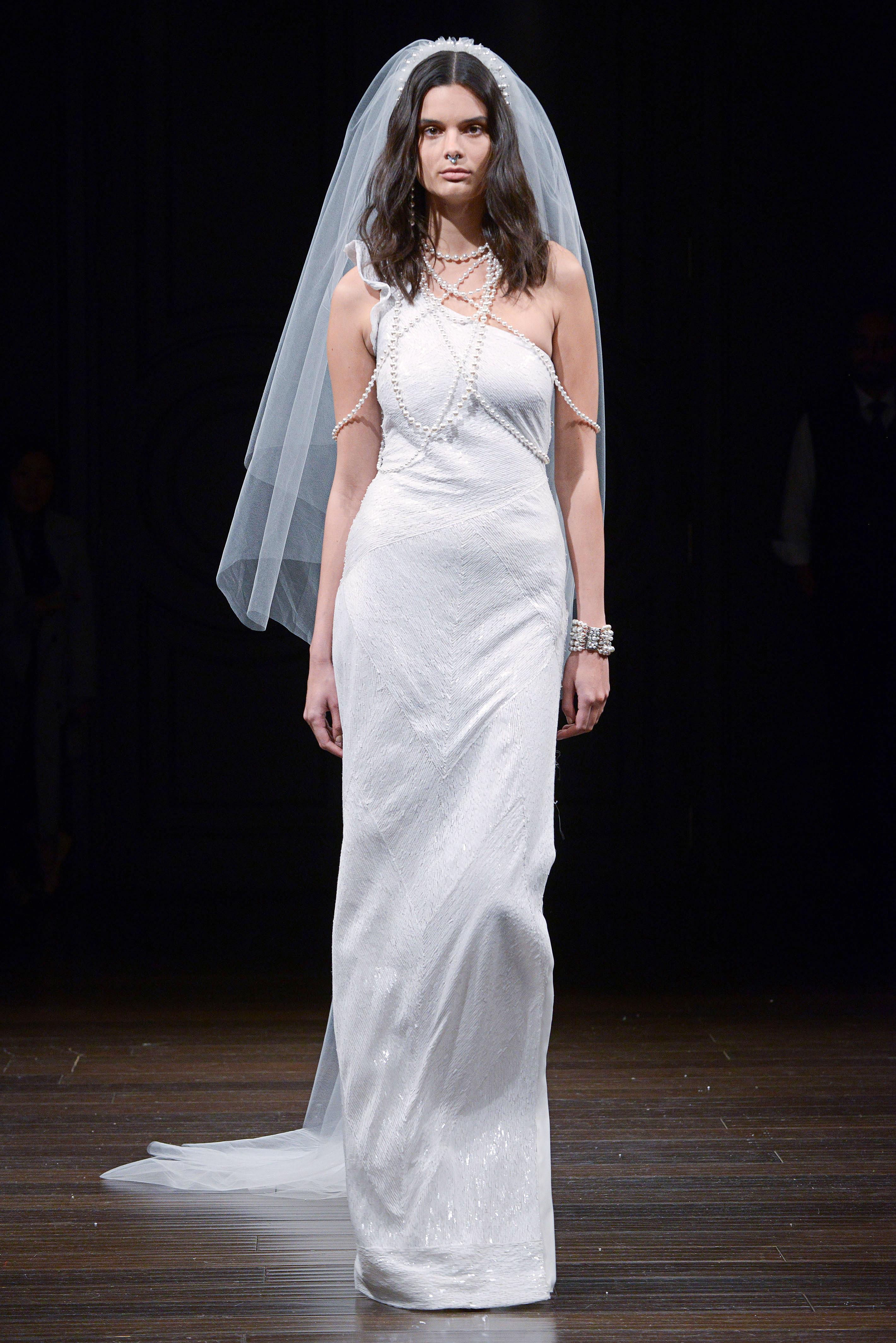 naeem khan one-shoulder wedding dress spring 2018