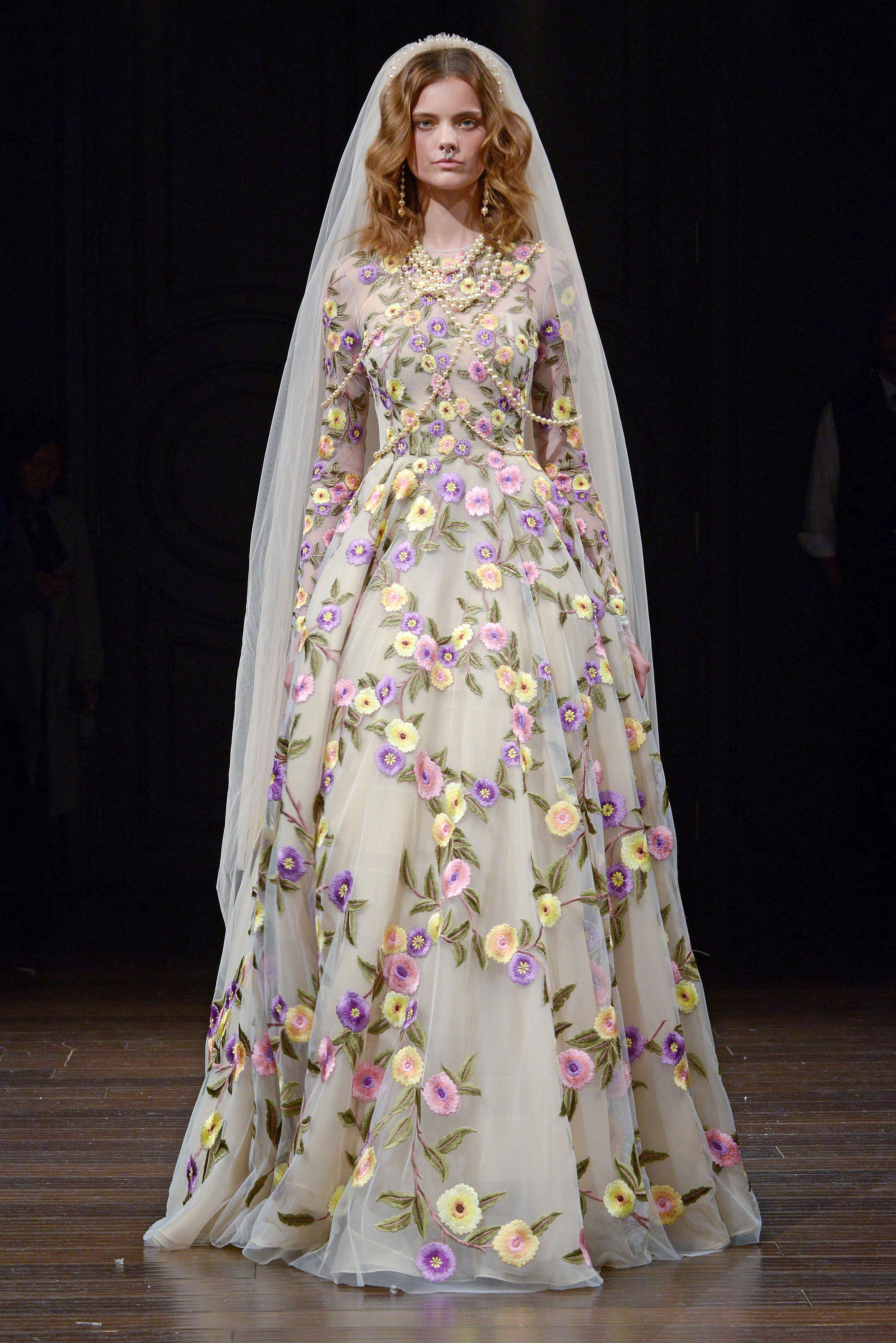 naeem khan long sleeve floral wedding dress spring 2018