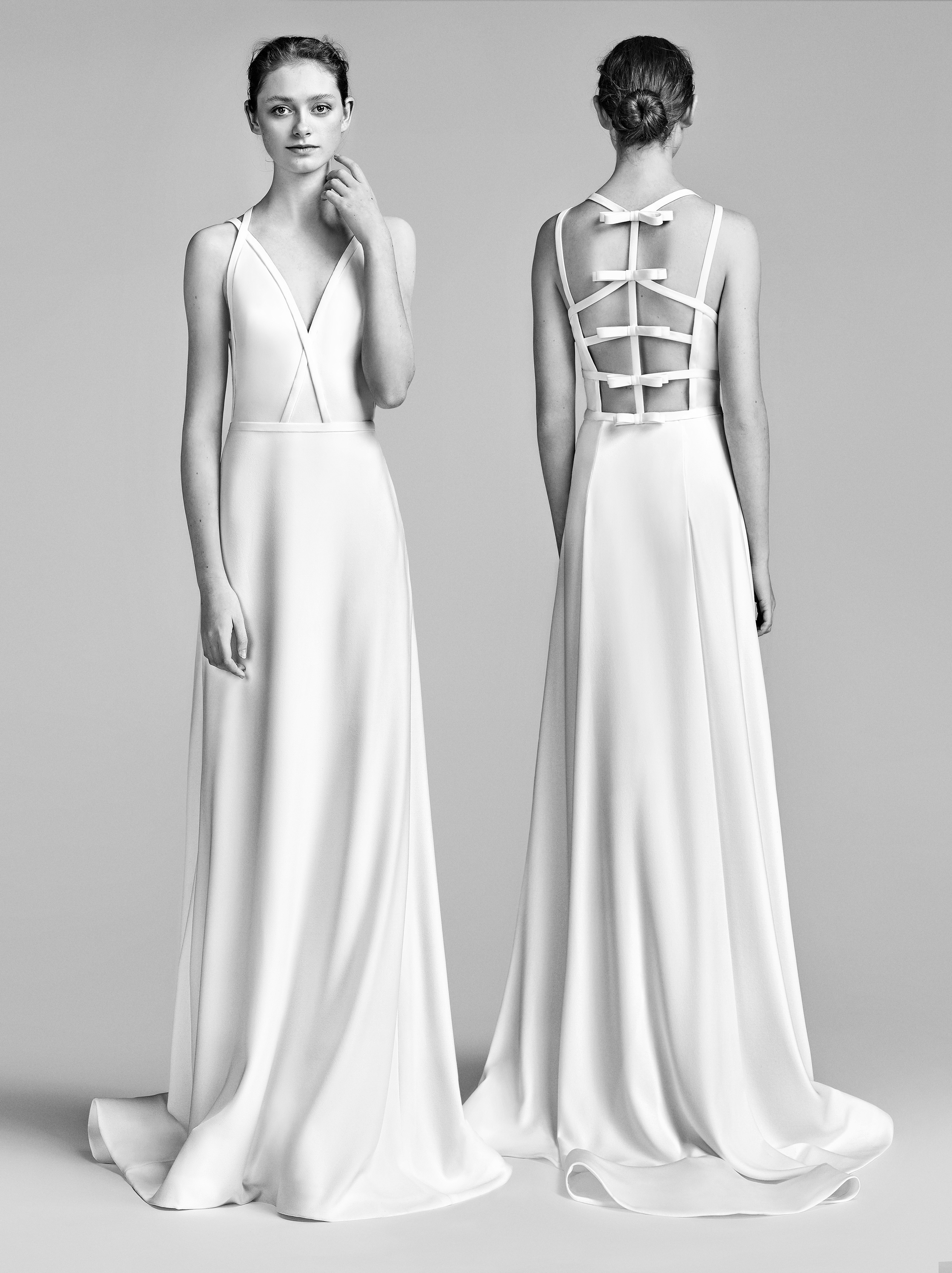 Viktor&Rolf Sheath Wedding Dress with V-Neck Spring 2018