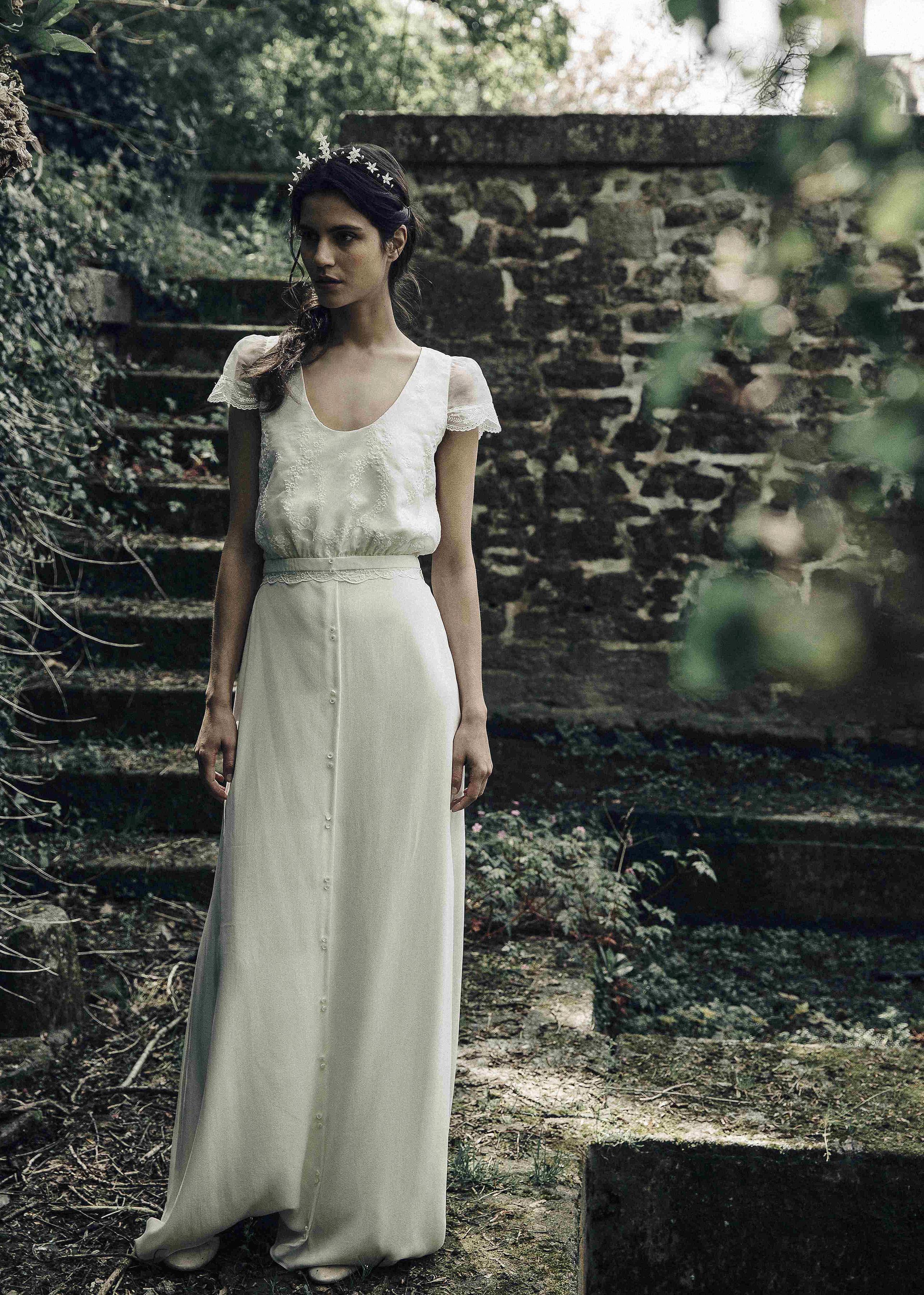 Laure de Sagazan scoop neck cap sleeve Wedding Dress Spring 2018