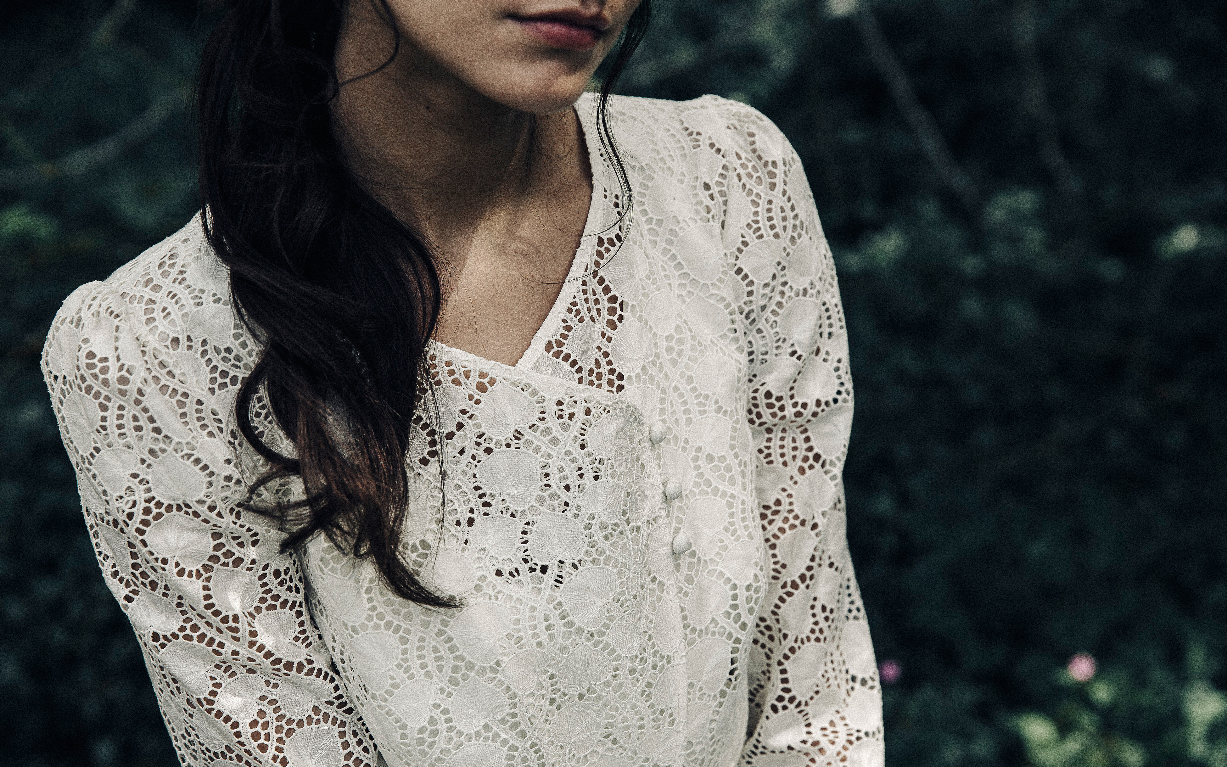 Laure de Sagazan lace v-neck Wedding Dress Spring 2018