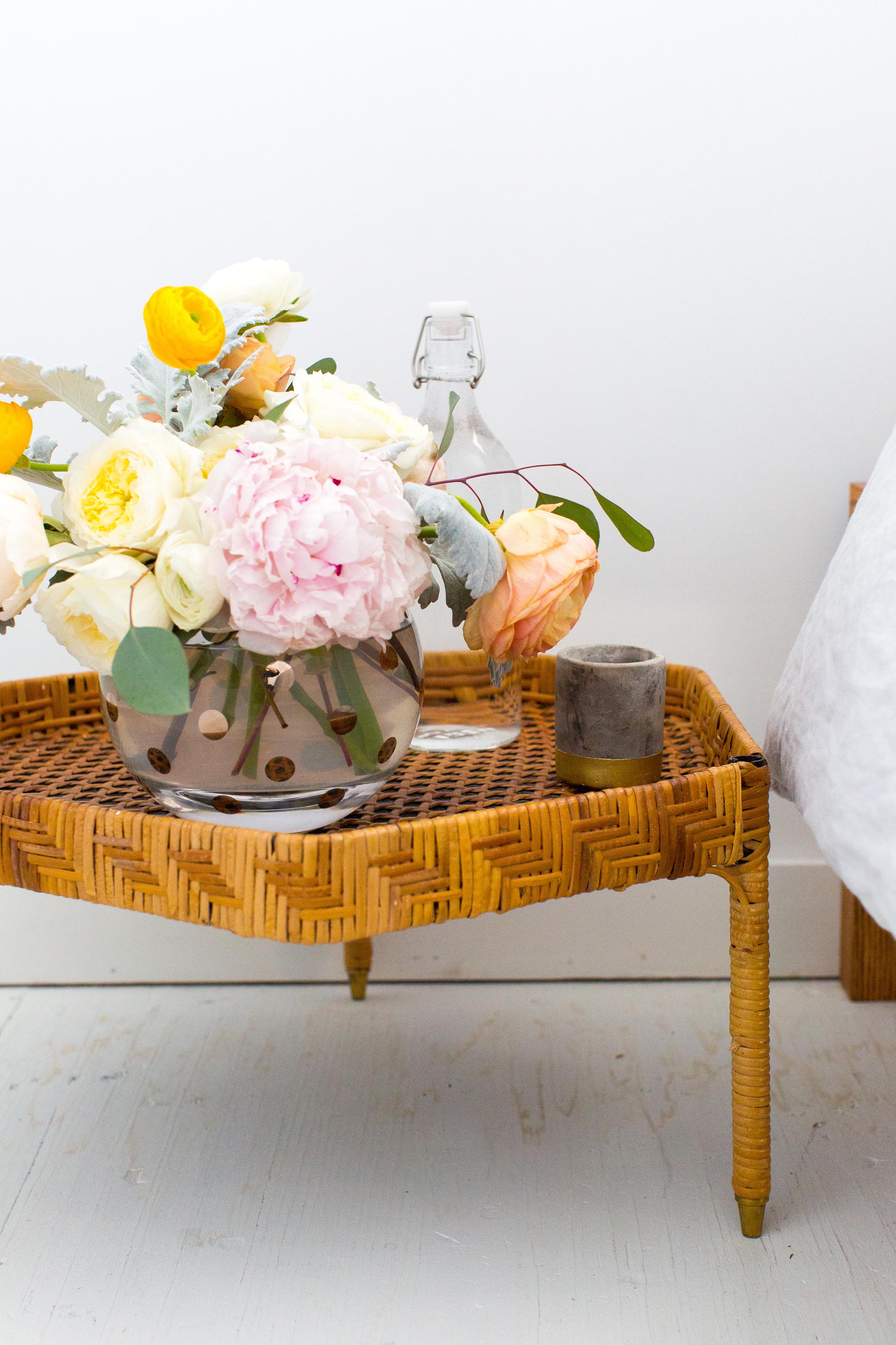 bridal shower decor - side table