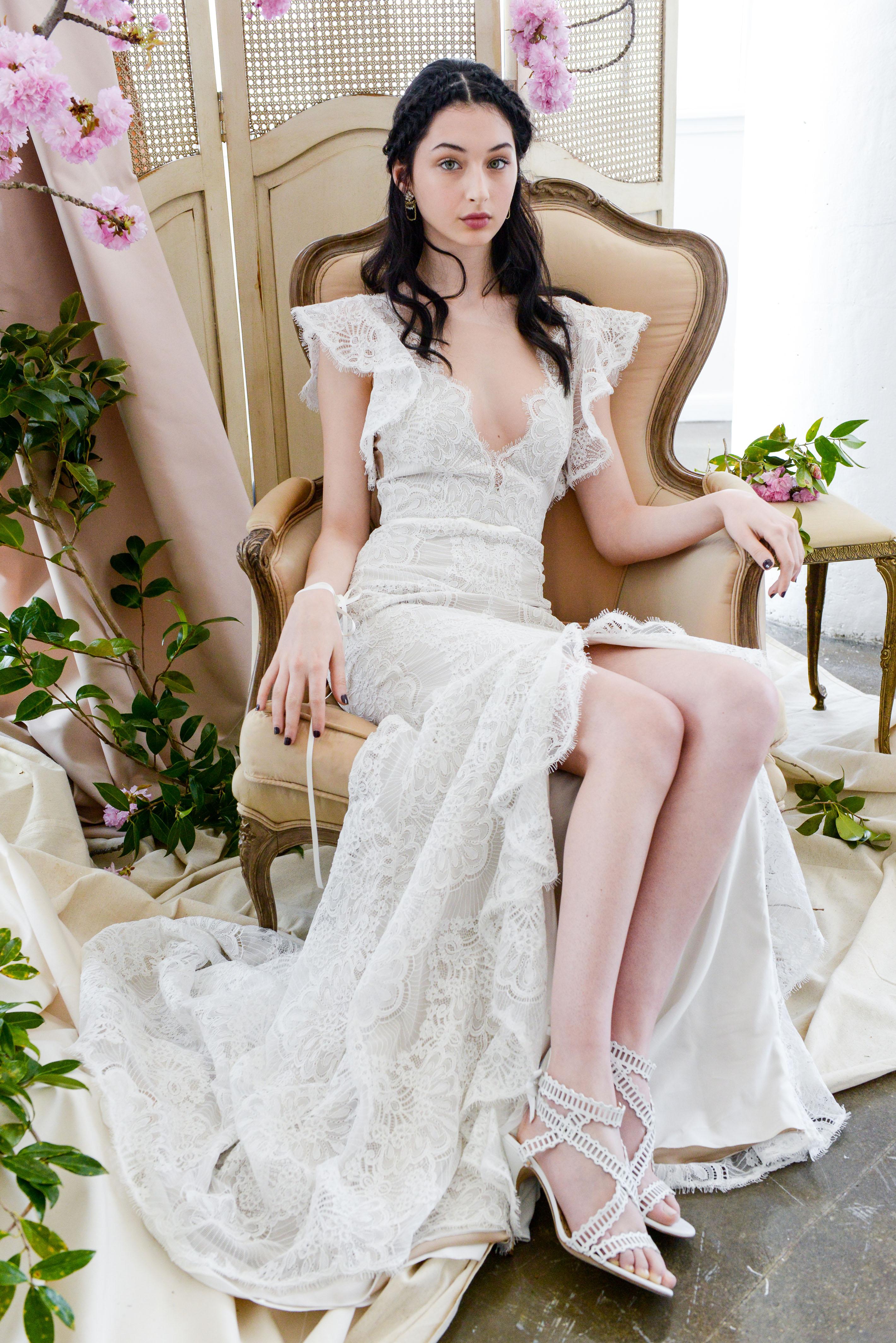 lace trumpet marchesa wedding dress spring 2018