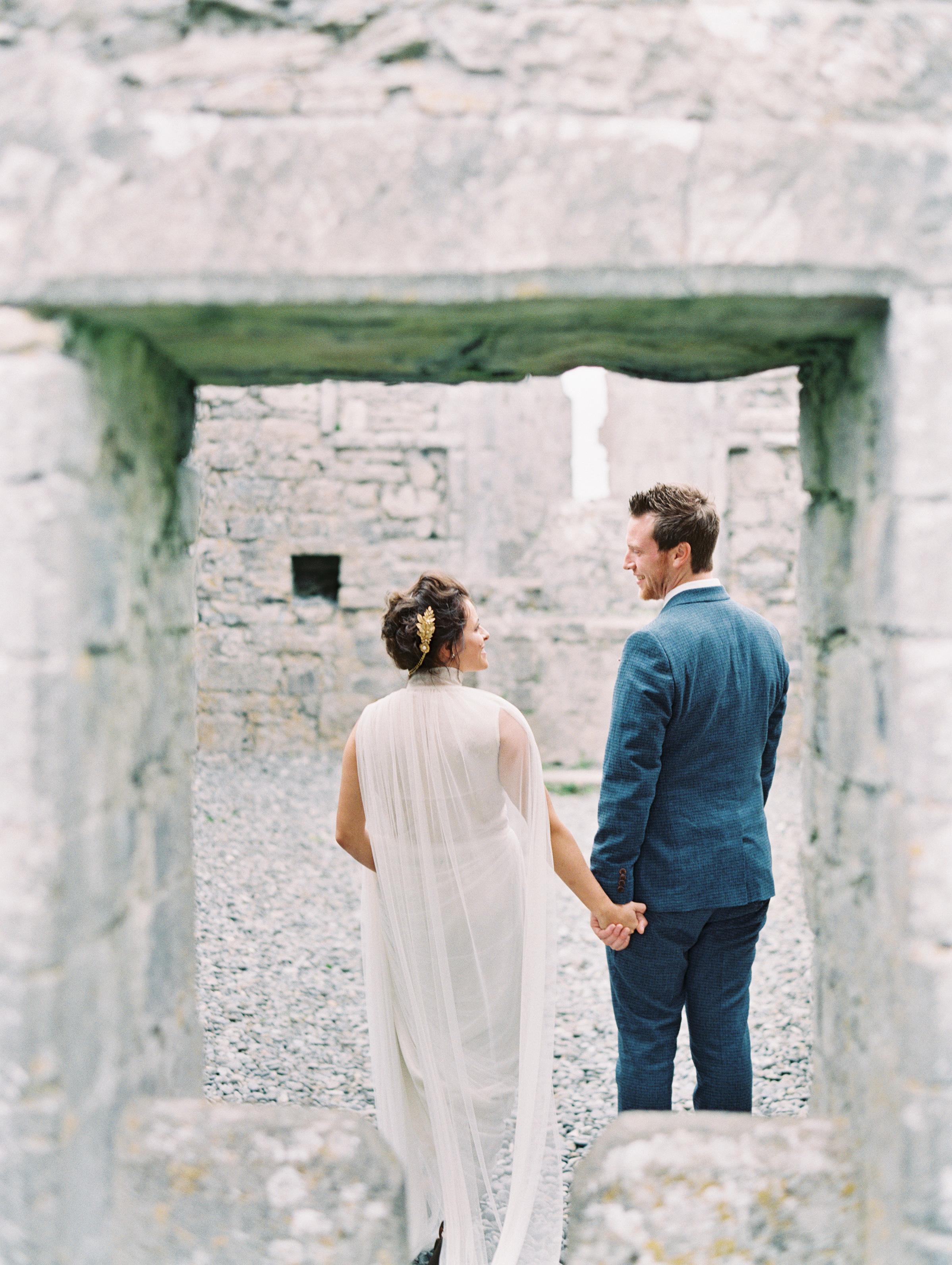 wedding couple old chapel window