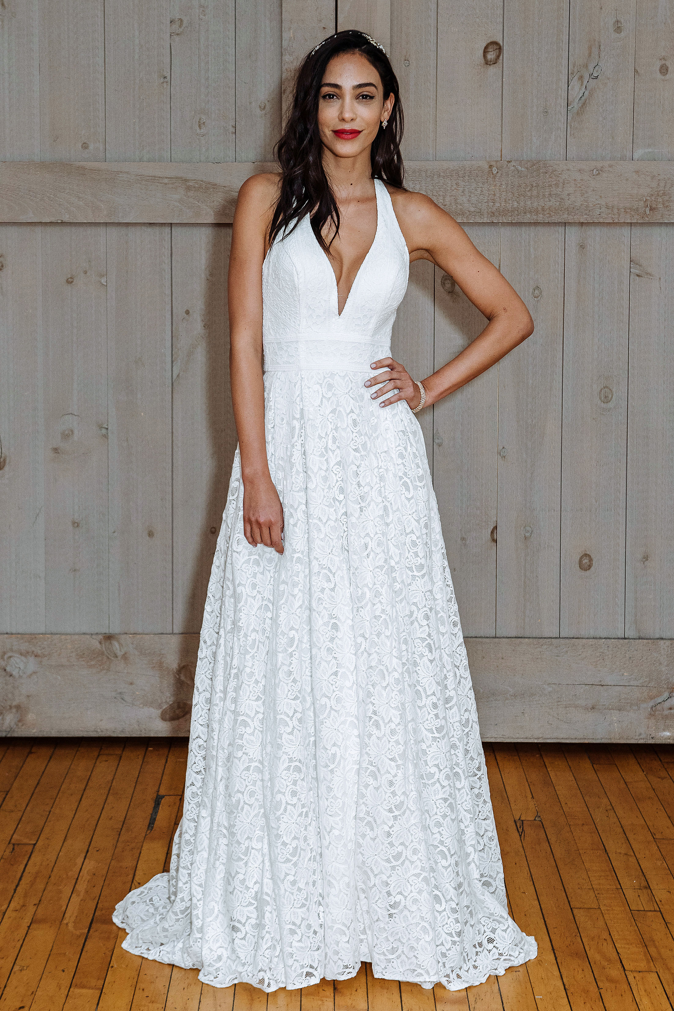 david's bridal low v-neck wedding dress spring 2018