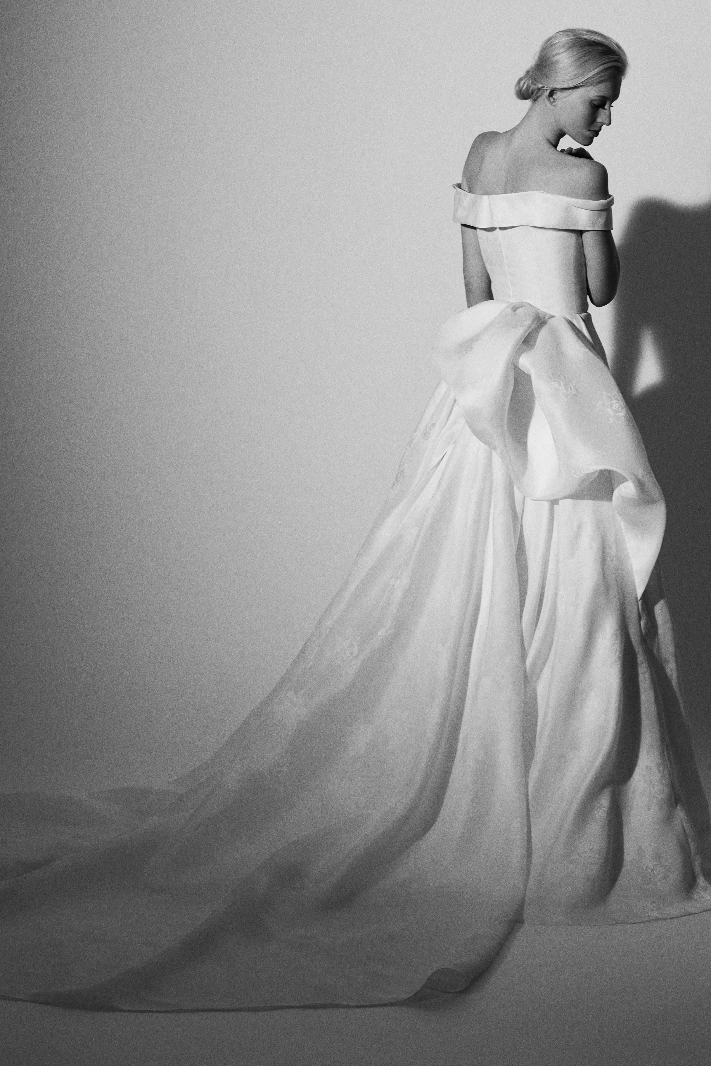 off the shoulder ball gown Carolina Herrera Wedding Dress Spring2018