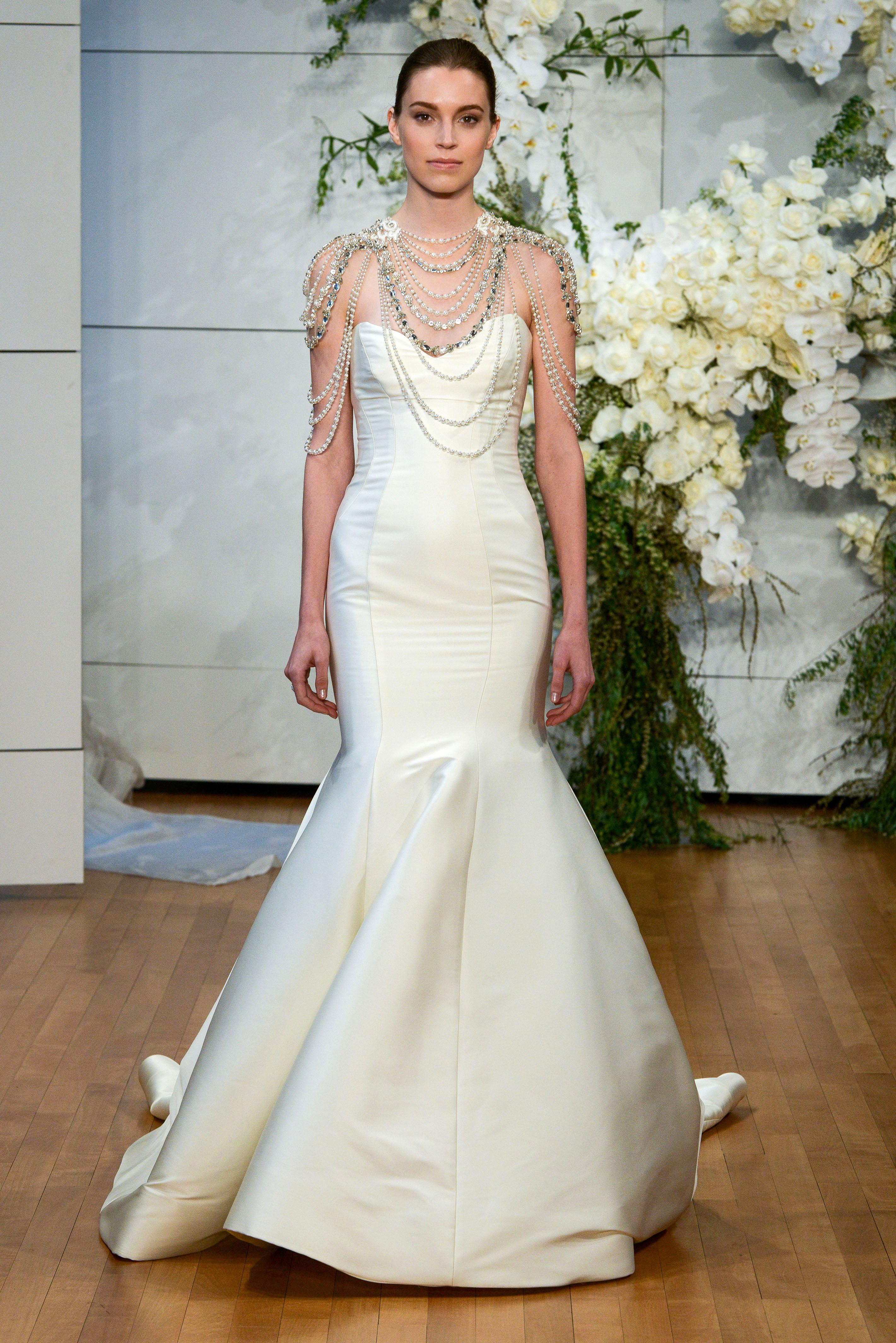 monique lhuillier sweetheart mermaid strapless wedding dress spring 2018