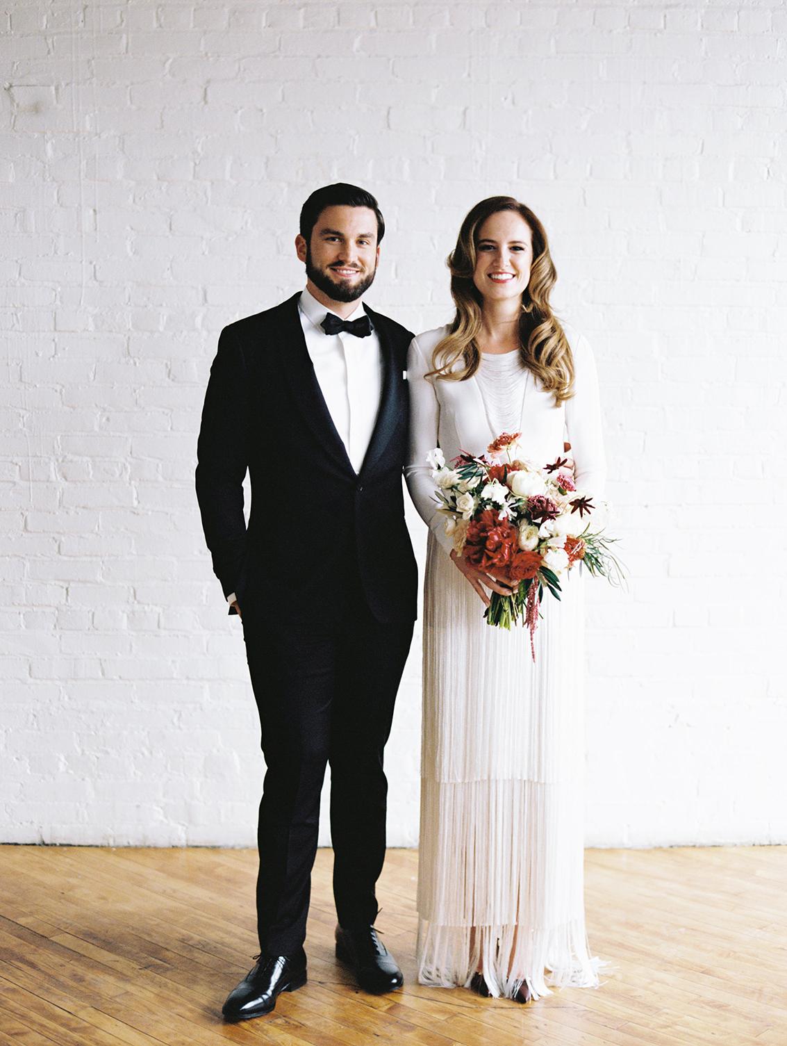 joanna jay wedding couple pose