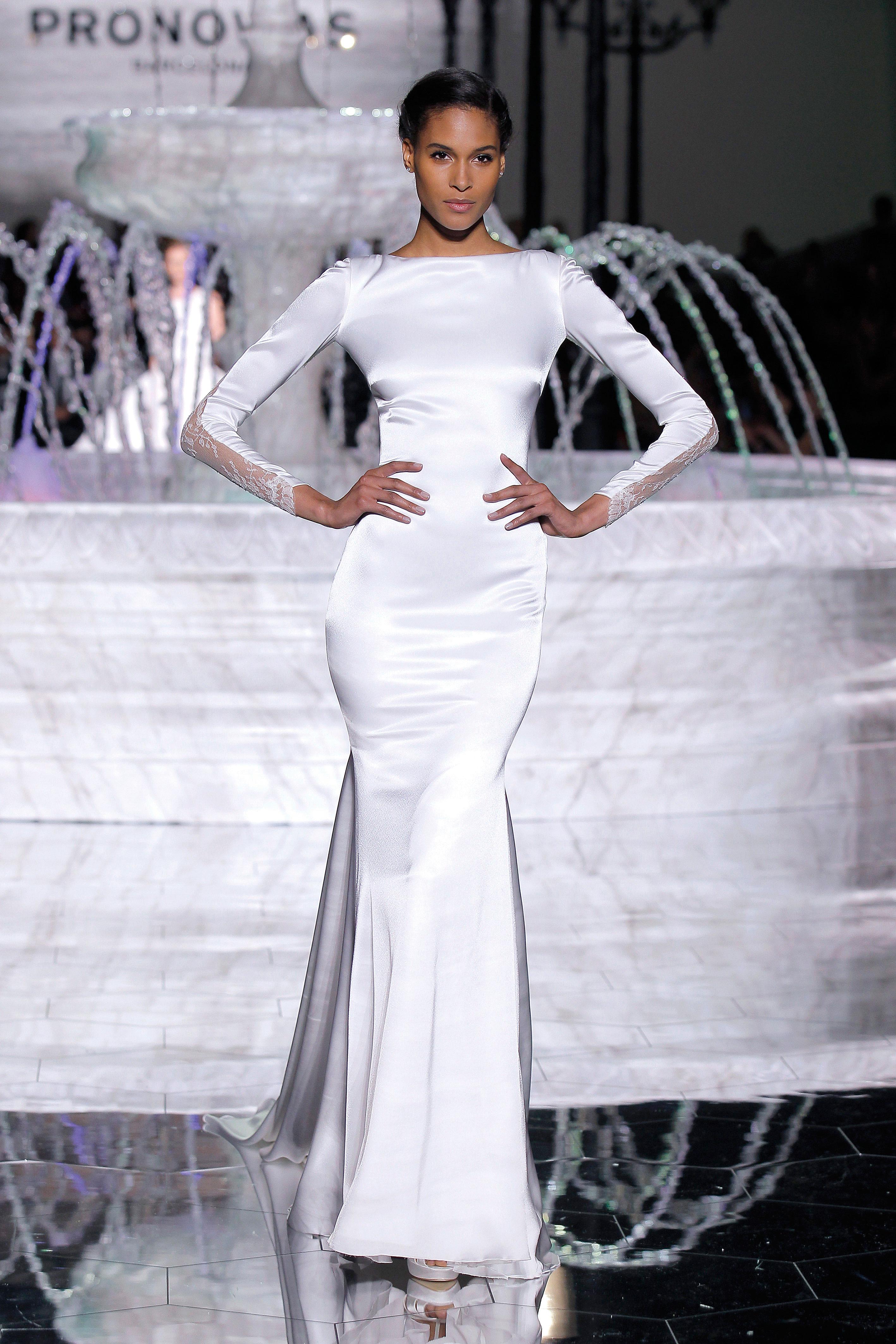 pronovias long sleeves wedding dress spring 2018
