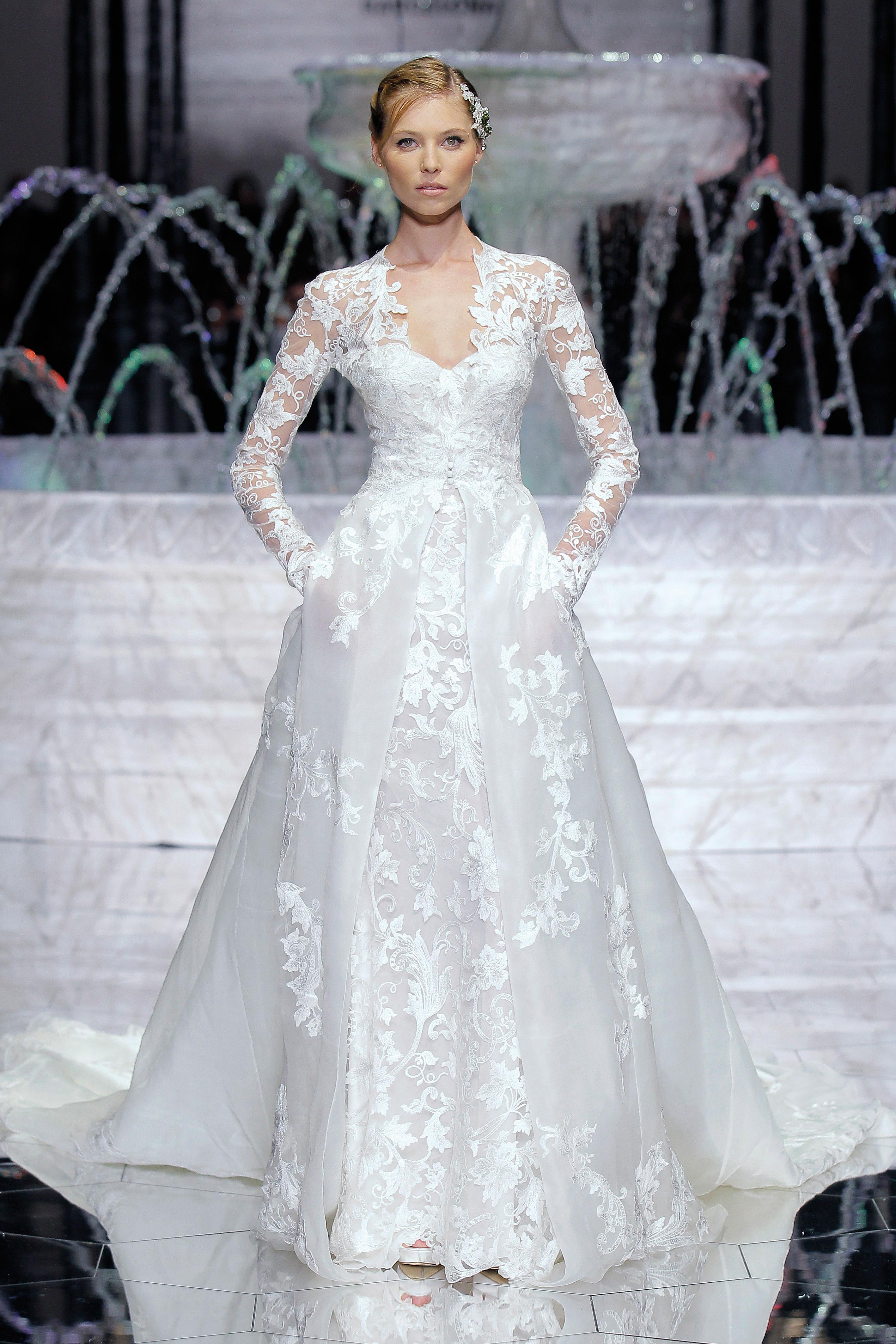pronovias sweetheart long sleeves wedding dress spring 2018