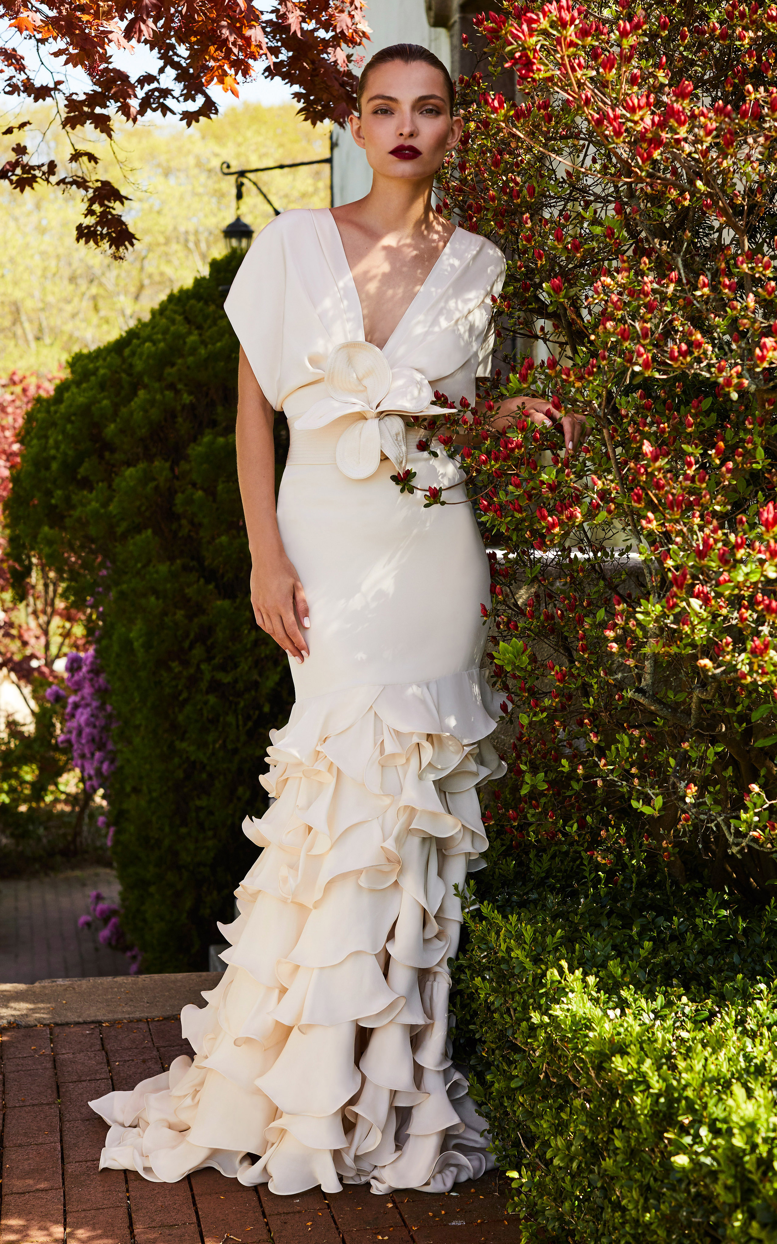 johanna ortiz moda operandi v-neck ruffle wedding dress