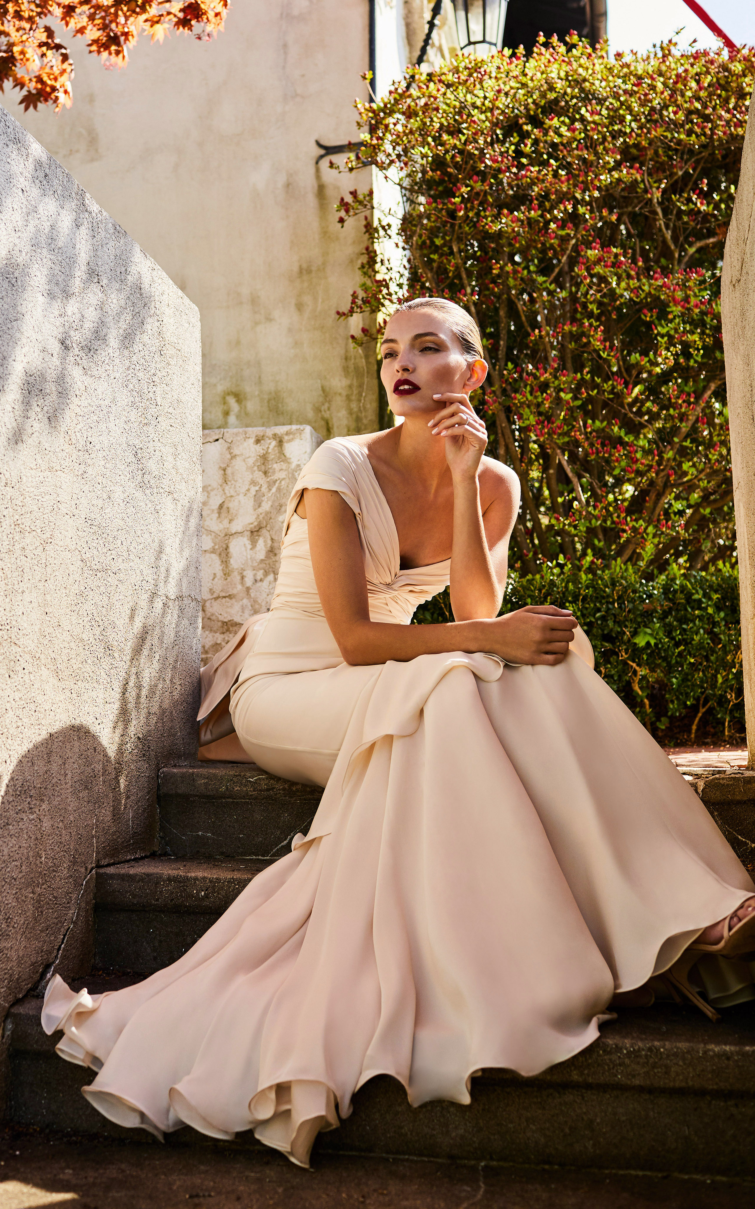 johanna ortiz moda operandi one shoulder flowy wedding dress