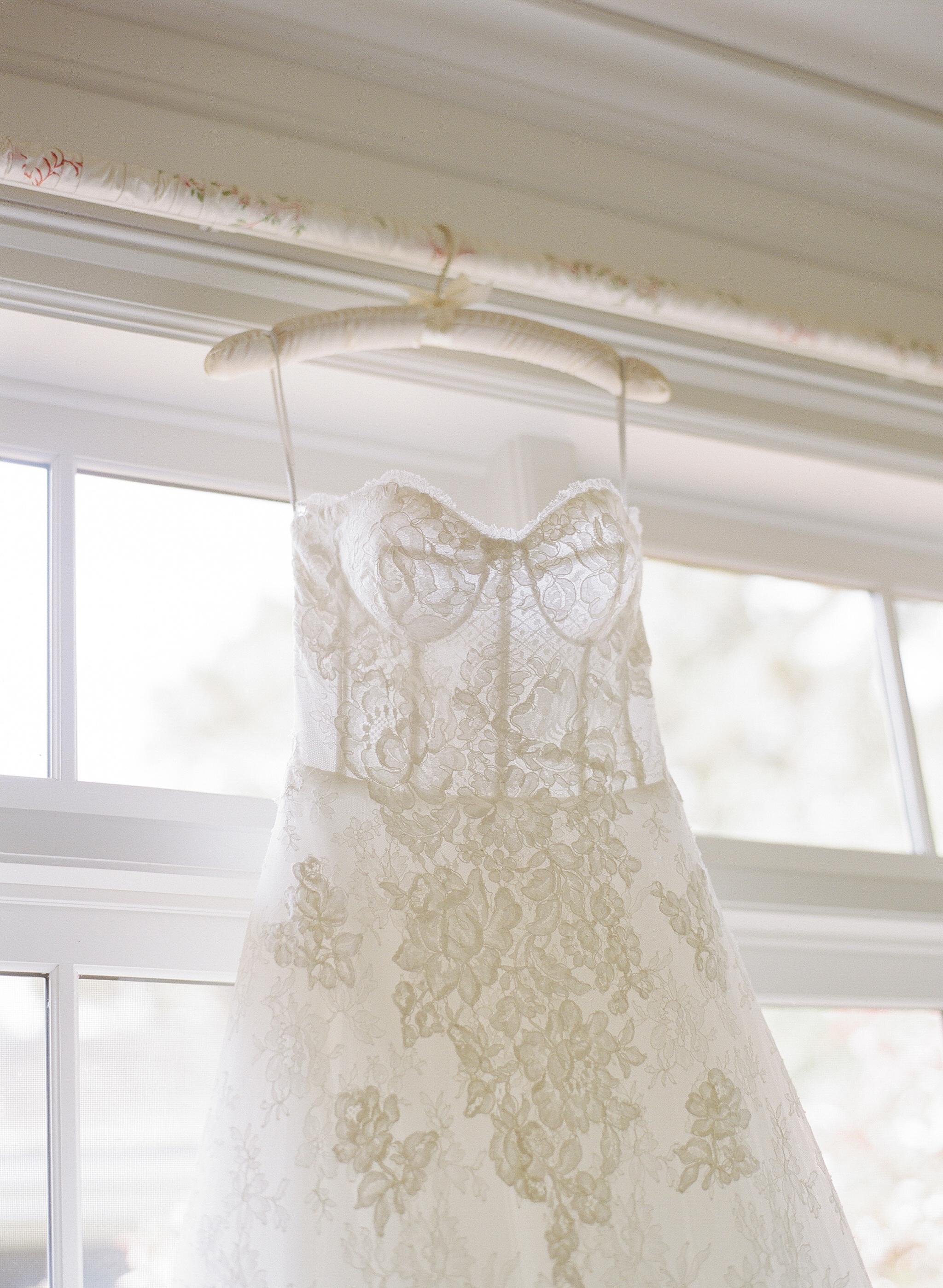 A Photo of a White Dress