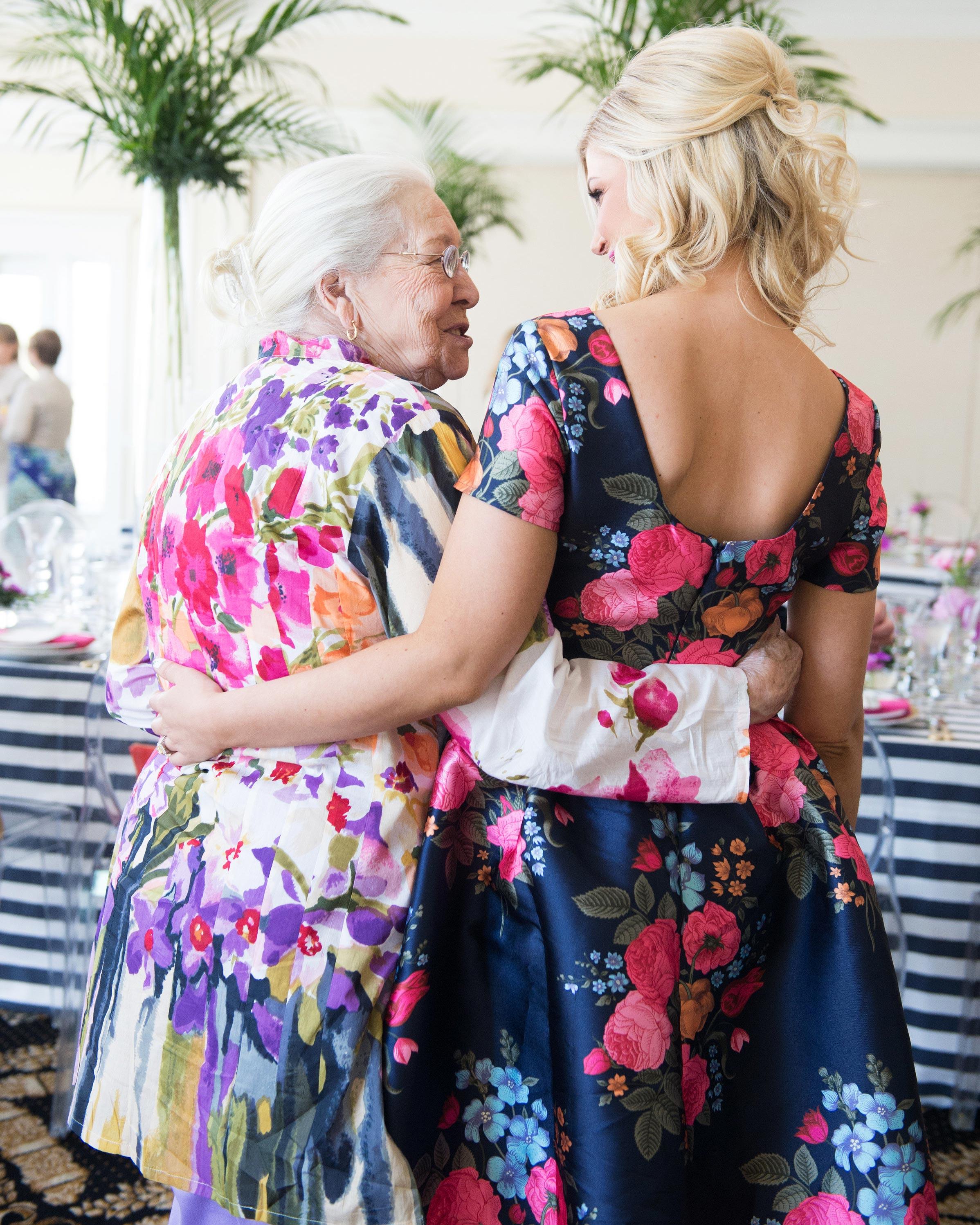 adrienne-bridal-shower-guests-51-6134175-0716.jpg