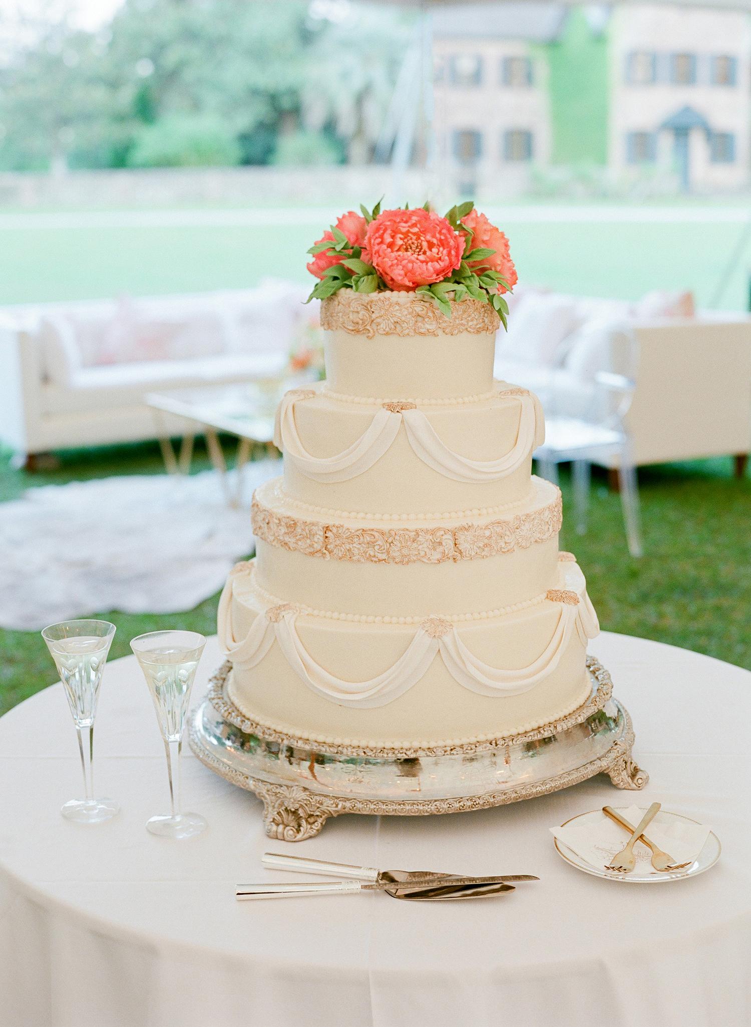 giordana and geoffrey wedding cake