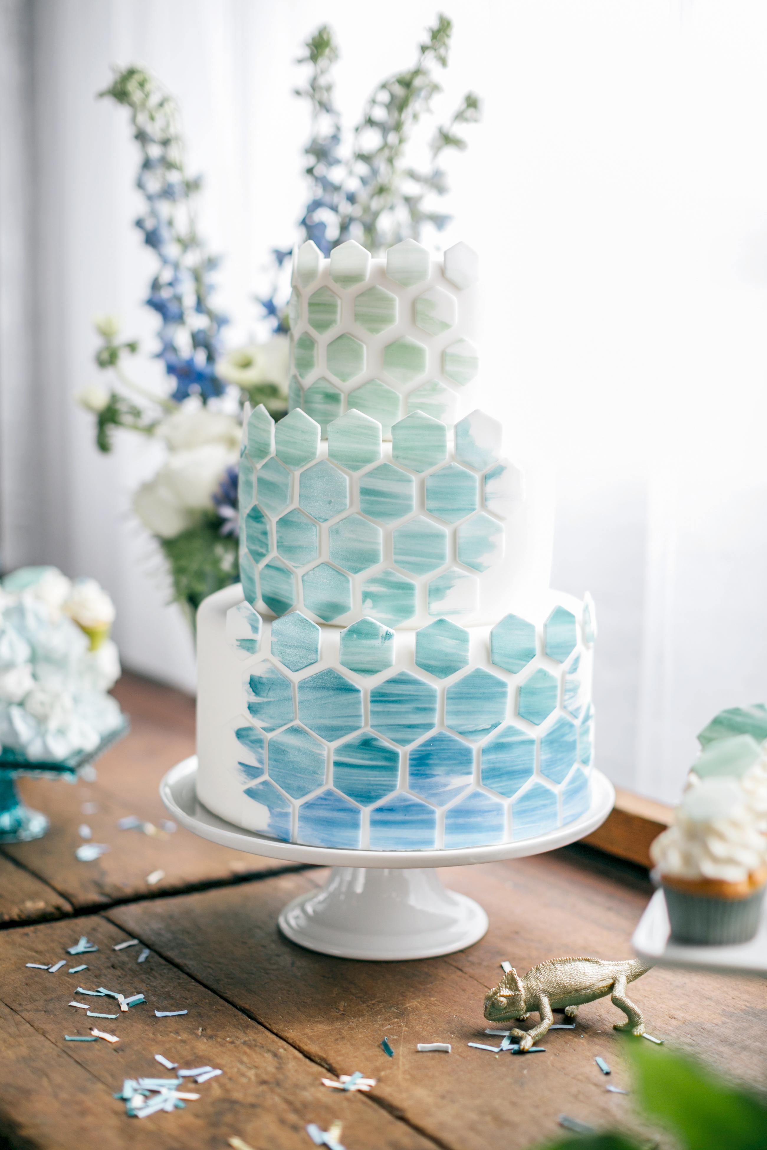 Honeycomb Wedding Inspiration, Wedding Cake with Ombre Honeycomb Pattern