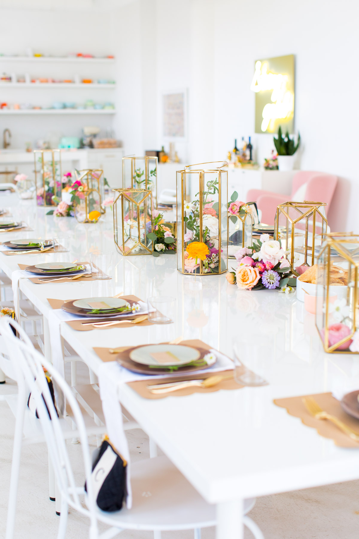 Astonishing 25 Bridal Shower Centerpieces The Bride To Be Will Love Home Interior And Landscaping Ologienasavecom