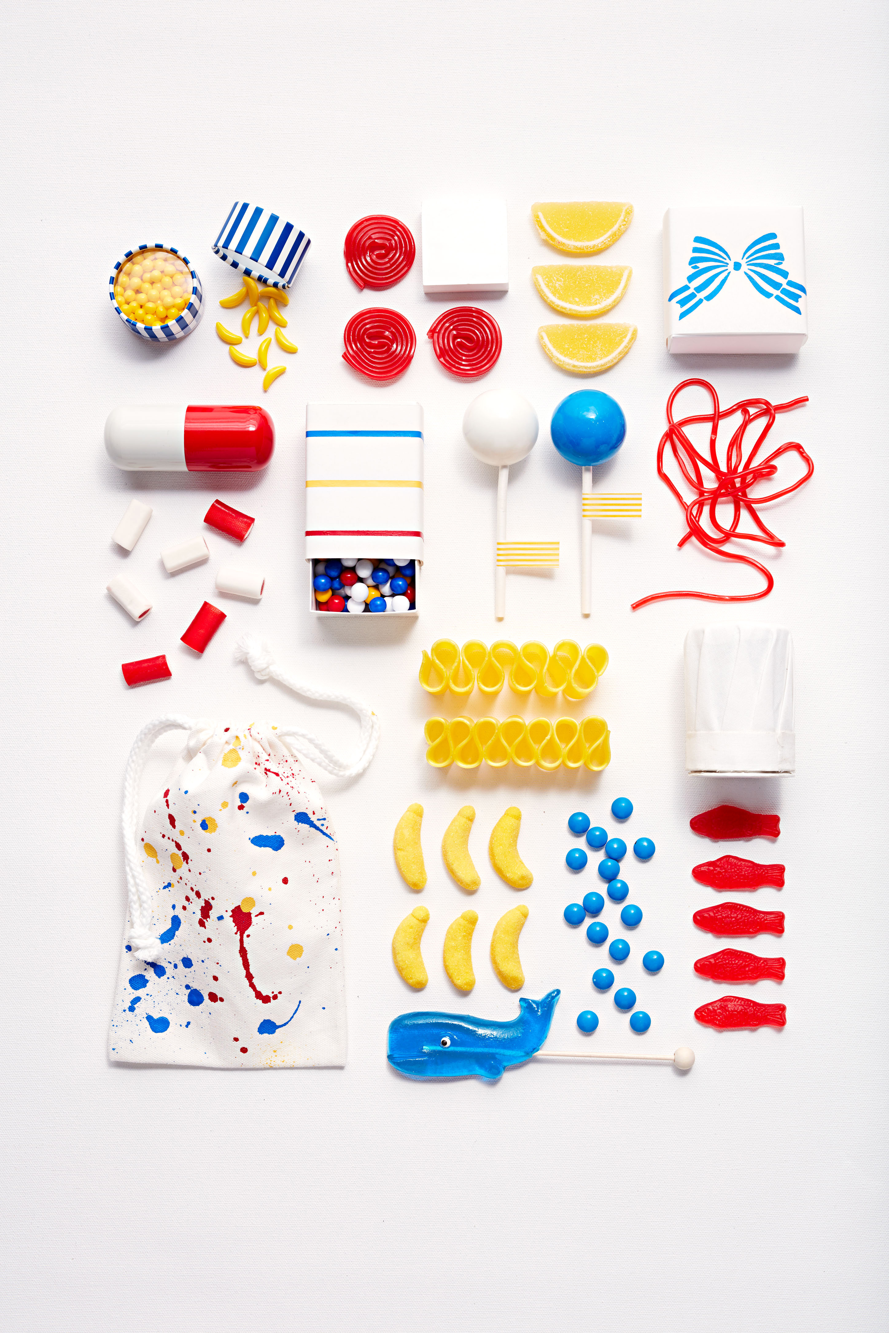 primary color assorted candies