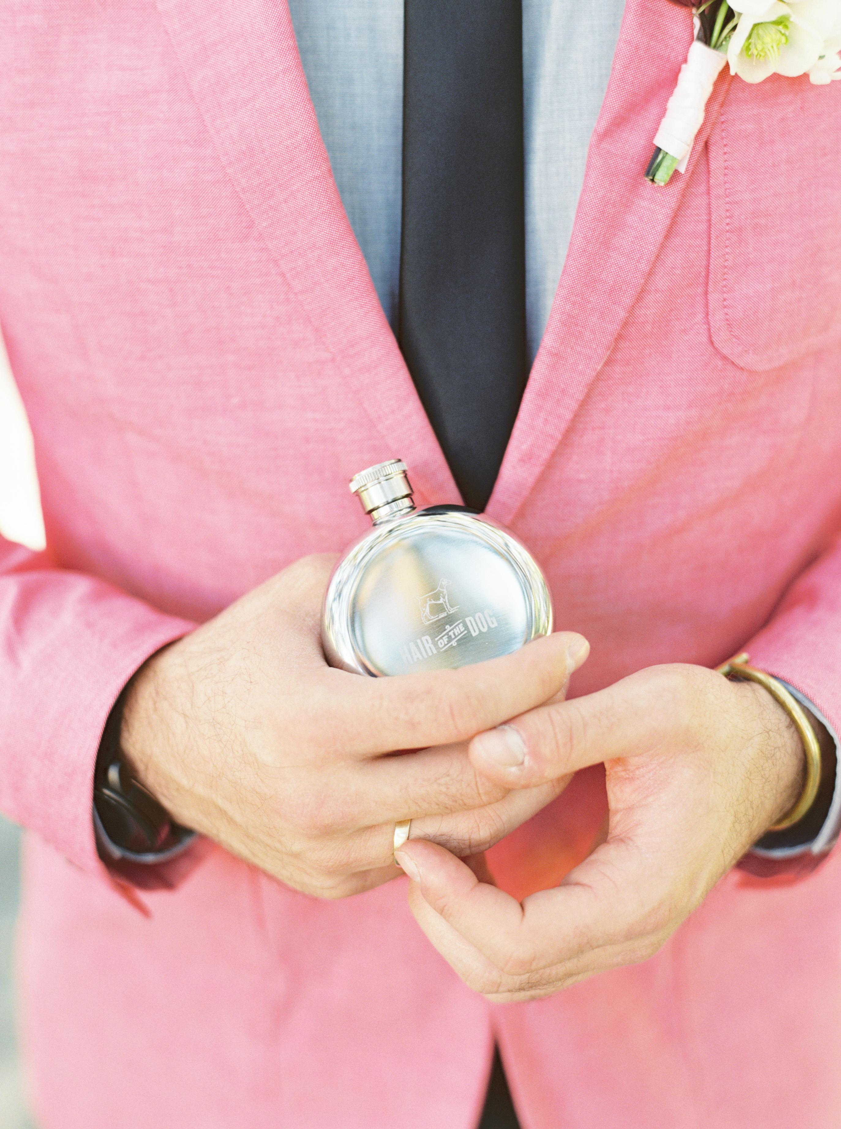 Custom wedding flask wedding favors