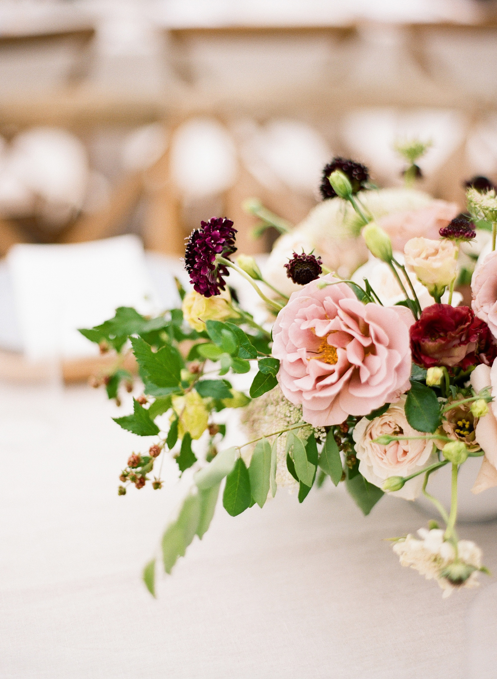 summer wedding centerpieces moody floral bouquets