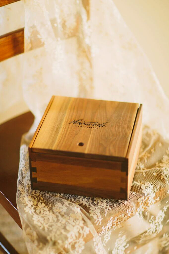 7 Unique Alternatives to a Standard Wedding Photo Album