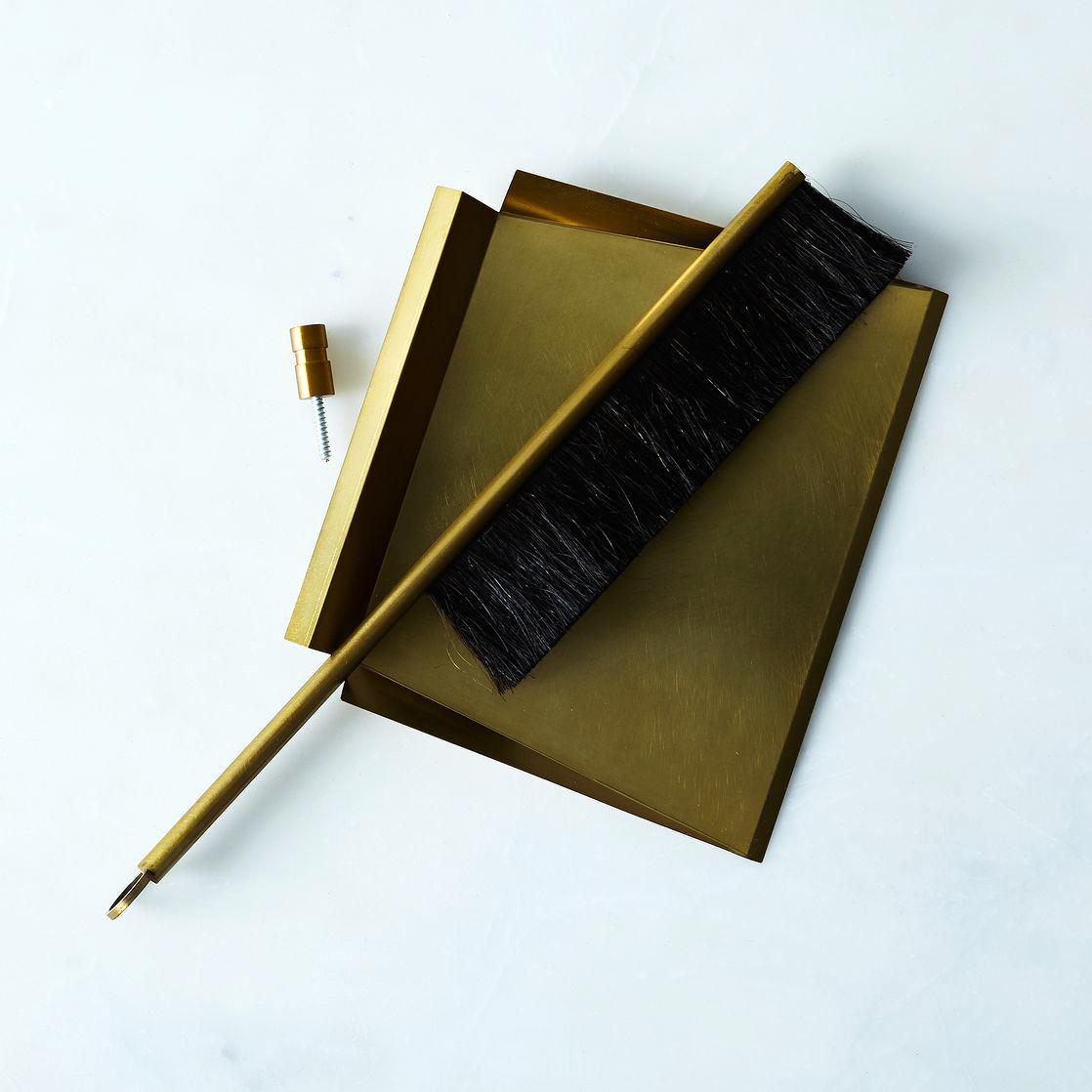 gold dust pan